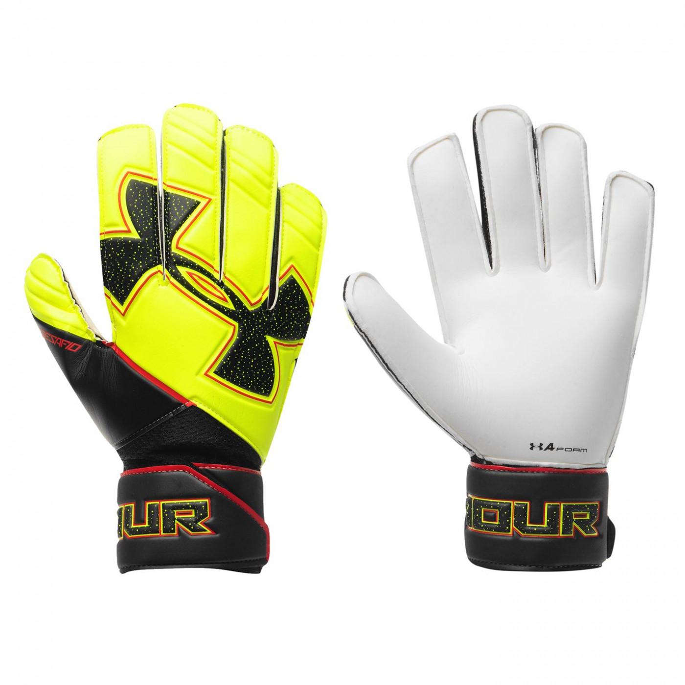 Under Armour Challenge Goalkeeper Gloves Mens