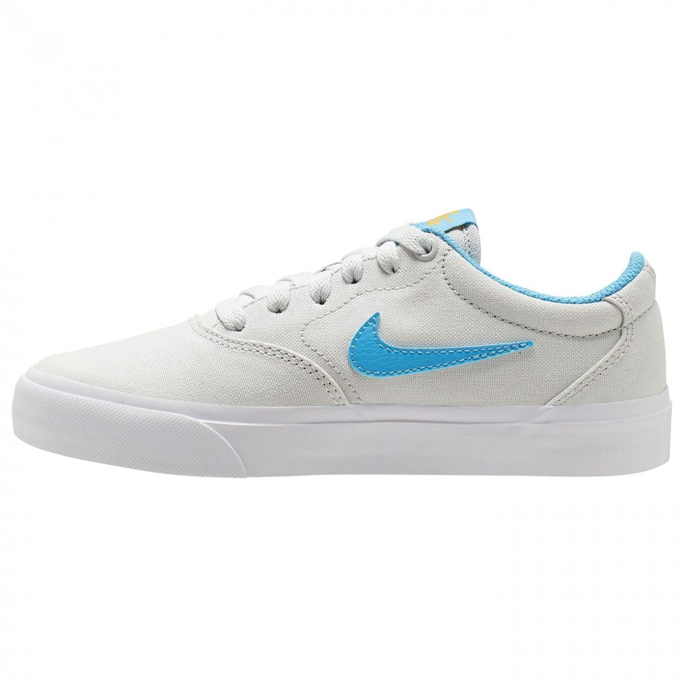 Nike SB Charge Canvas Big Kids' Skate Shoe