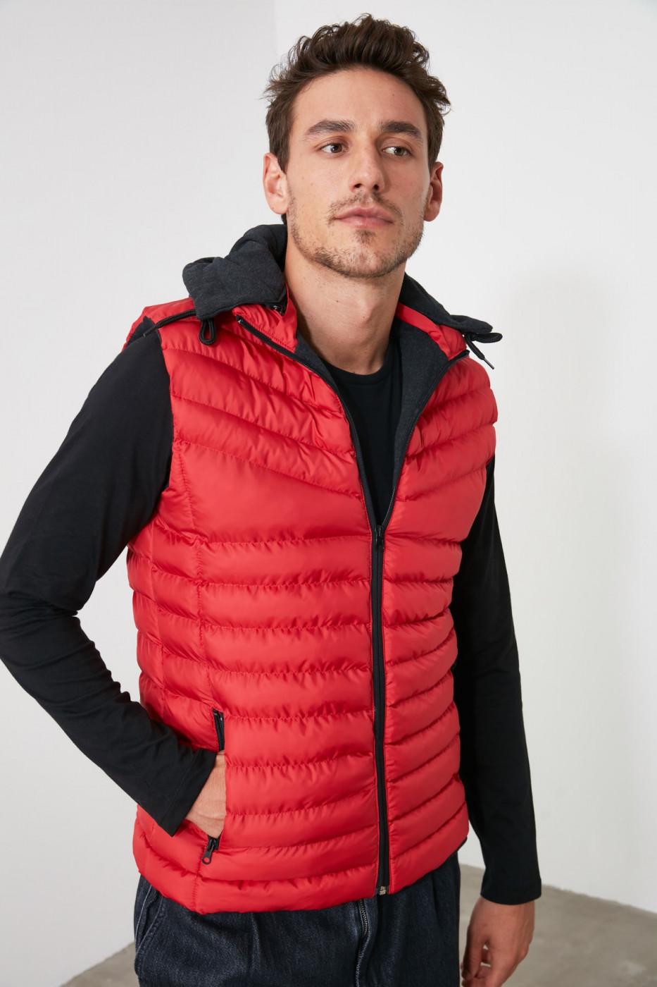 Trendyol Red Men Hooded Vest