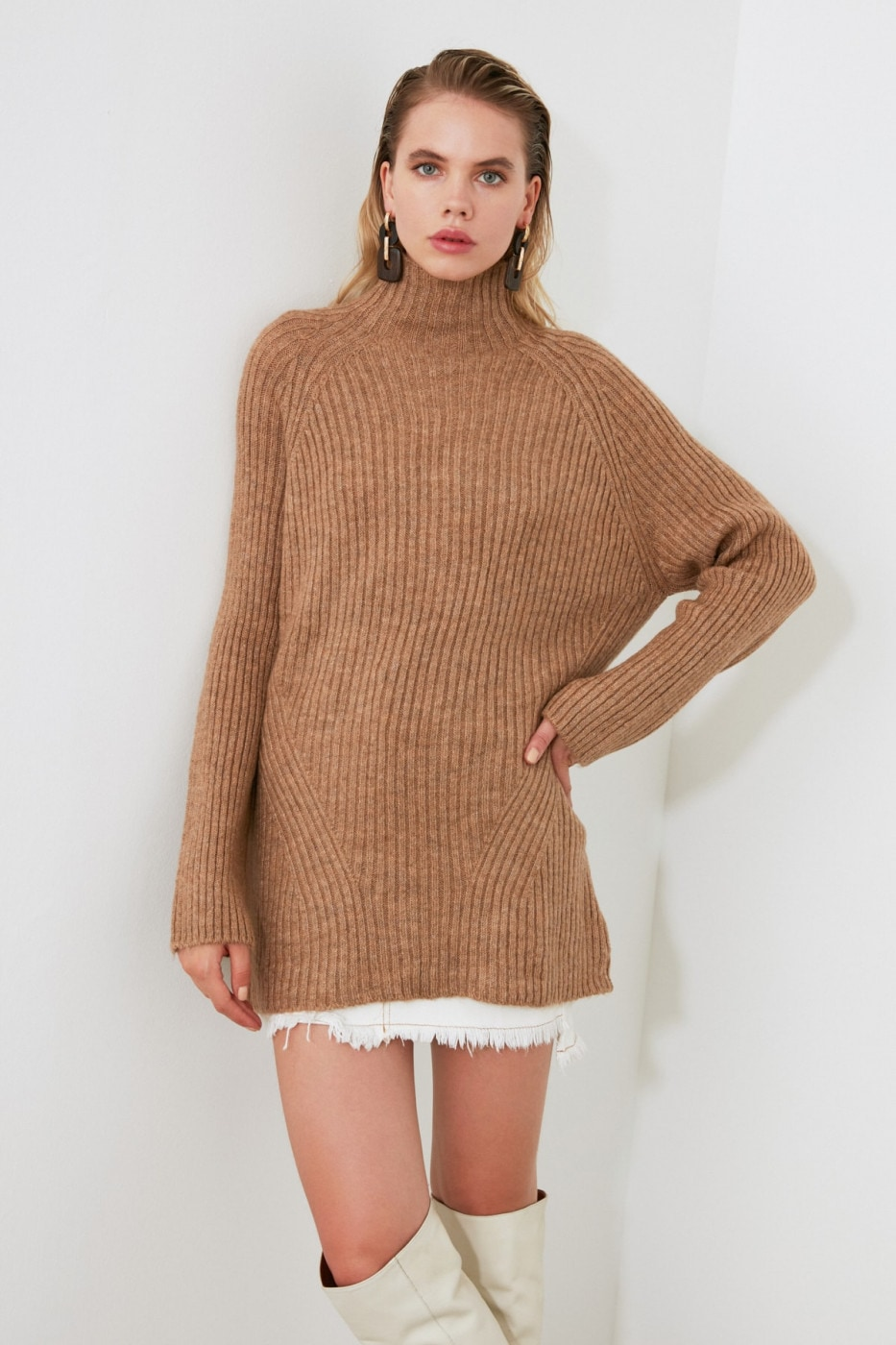 Trendyol Mink Upright Collar KnitWear Sweater