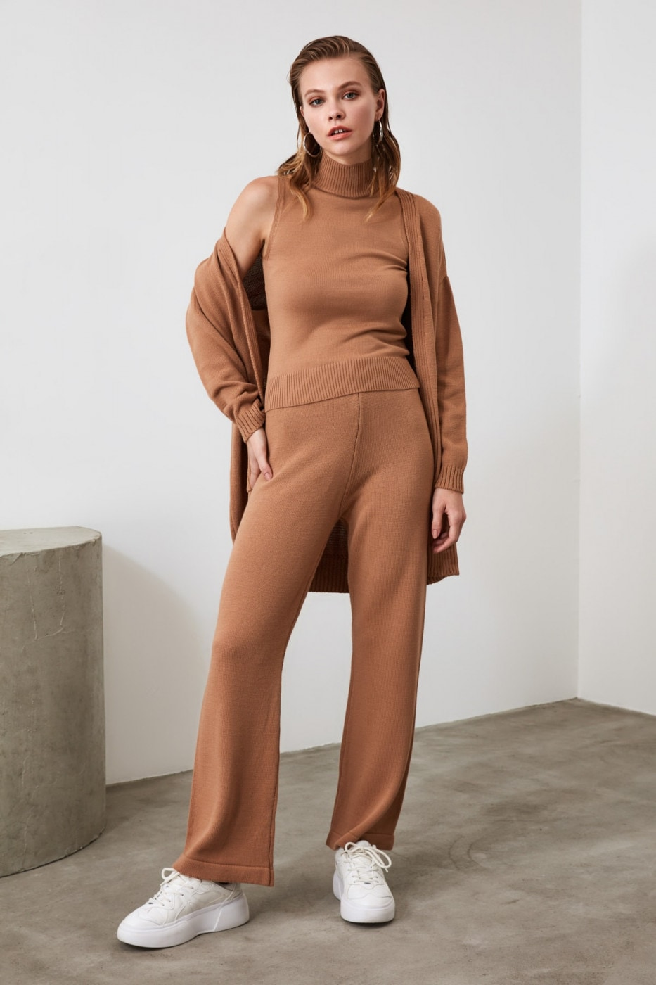 Trendyol Camel Knitwear Bottom-Top Team
