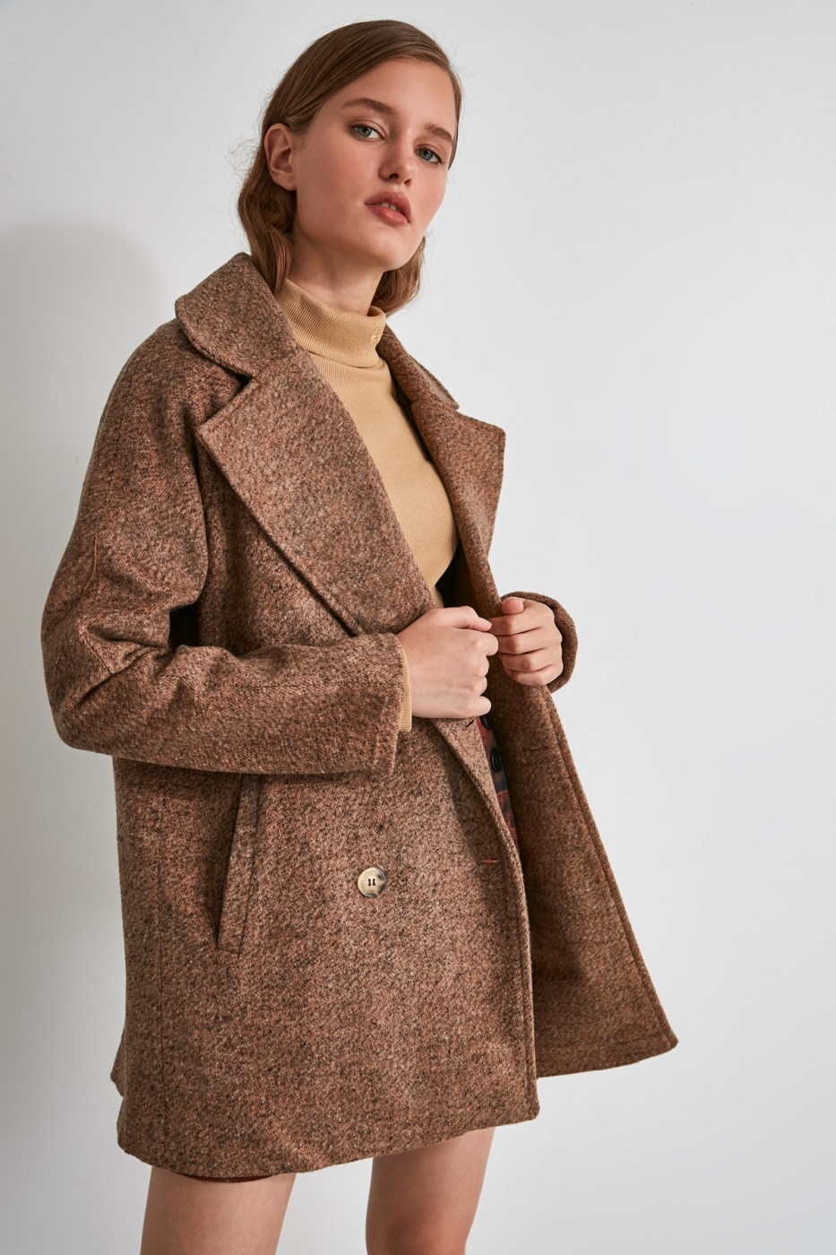 Trendyol Brown ButtonEd Buklet Stamp Coat