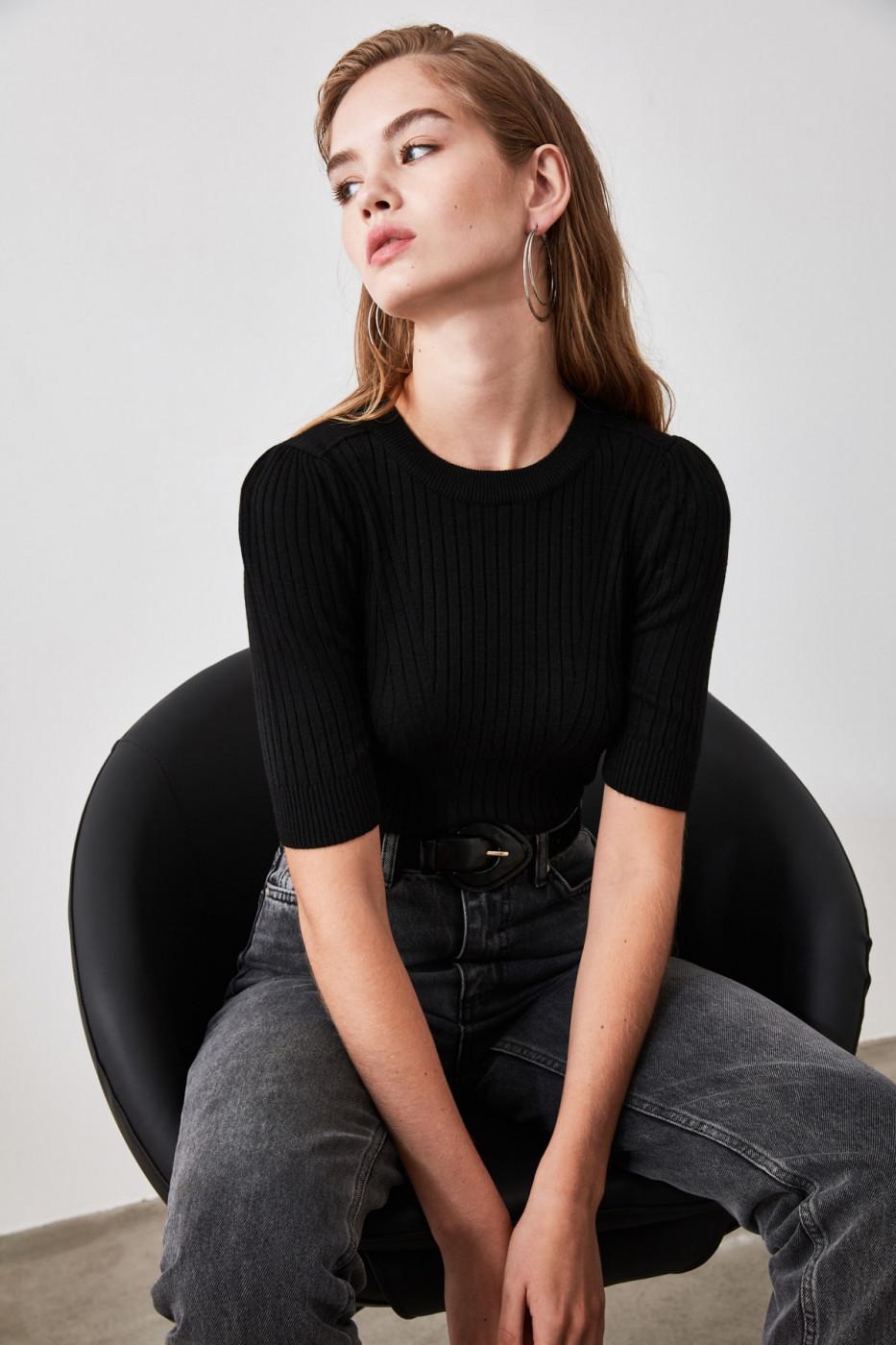 Trendyol Black Short Sleeve Knit Sweater