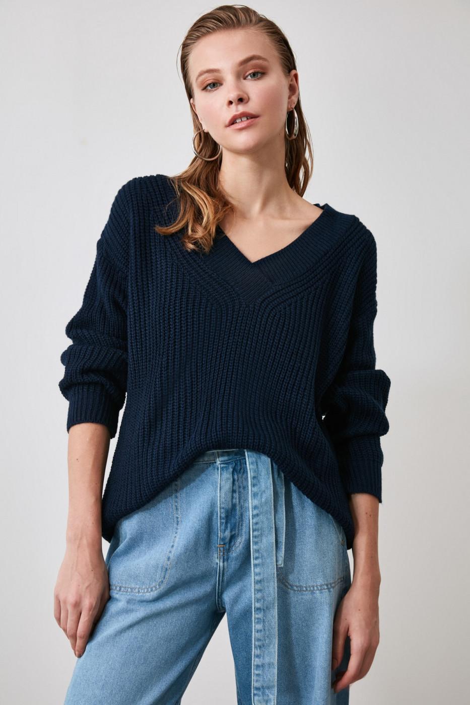 Trendyol Navy Collar Detailed Knitwear Sweater