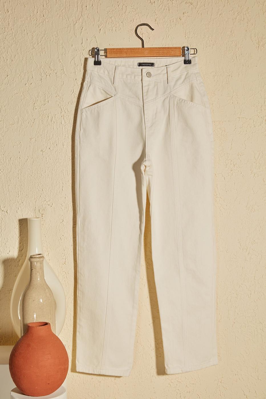 Trendyol White Waist Detailed High Waist Straight Jeans