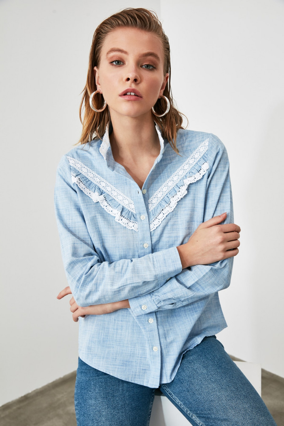 Trendyol Blue Lace Detailed Shirt