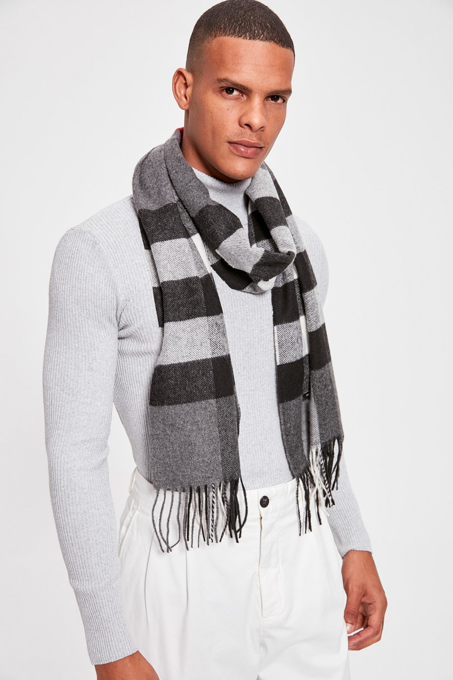 Trendyol Grey Male Plaid Scarf
