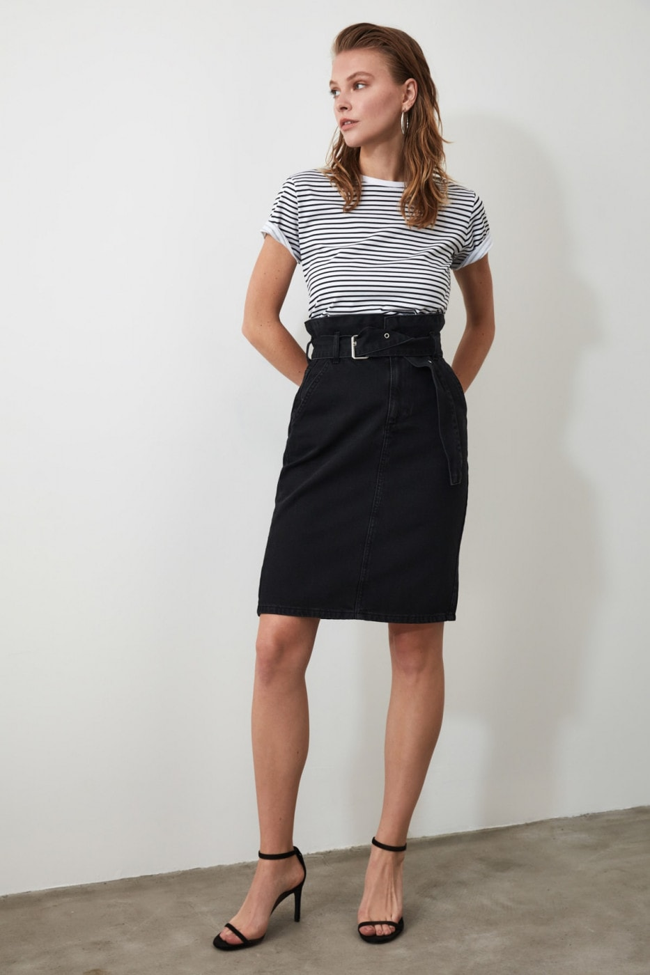 Trendyol Black Belt Midi Denim Skirt