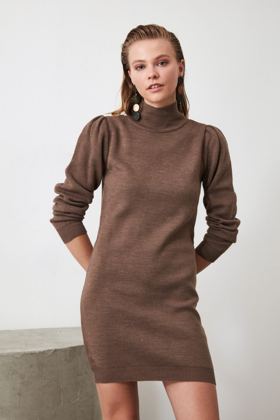 Trendyol Brown Flat Color Arm DetailTing Dress