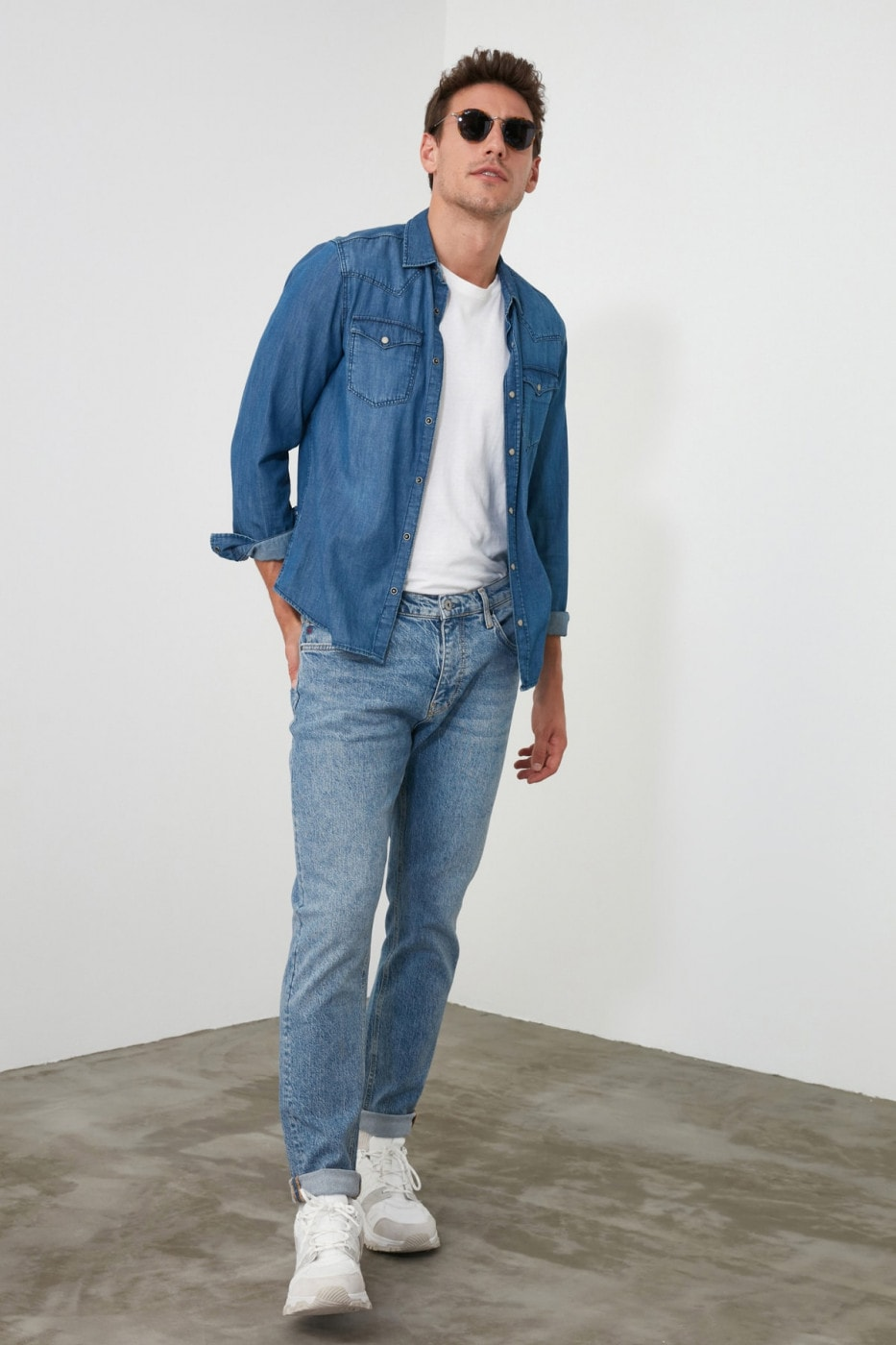 Trendyol Blue Male Tapared Fit Jeans