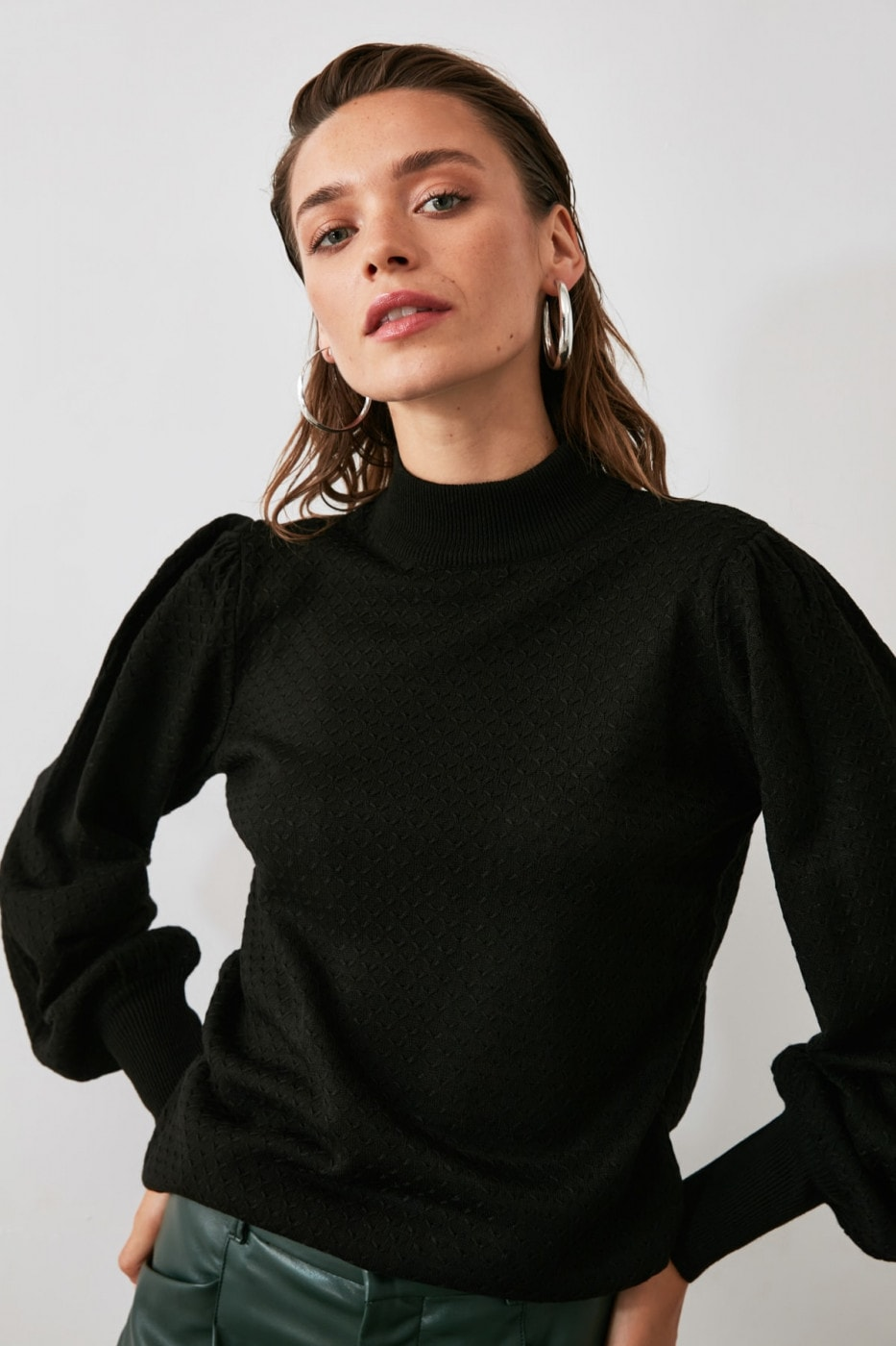 Trendyol Black Balloon Sleeve Knitting Detailed Knitwear Sweater