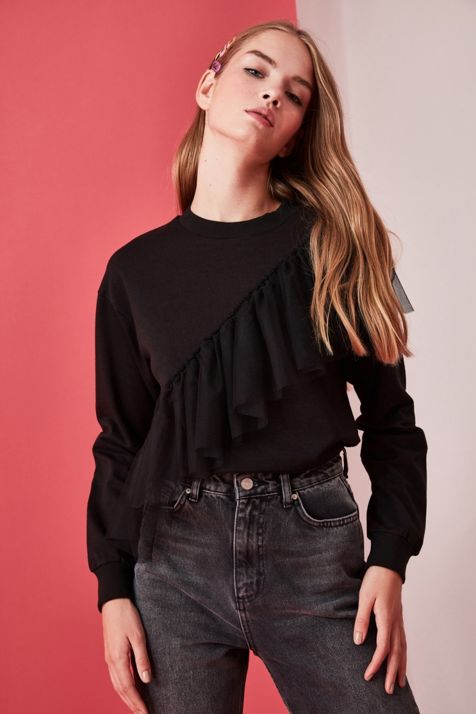 Trendyol Black Tulle Knitted Sweatshirt