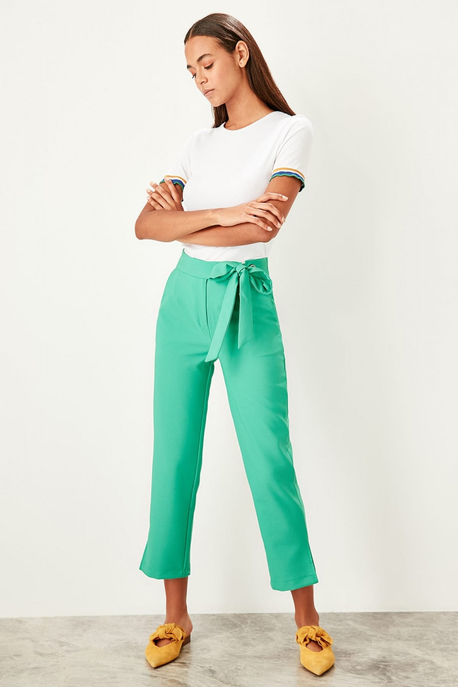 Trendyol Green Fastening detailed trousers