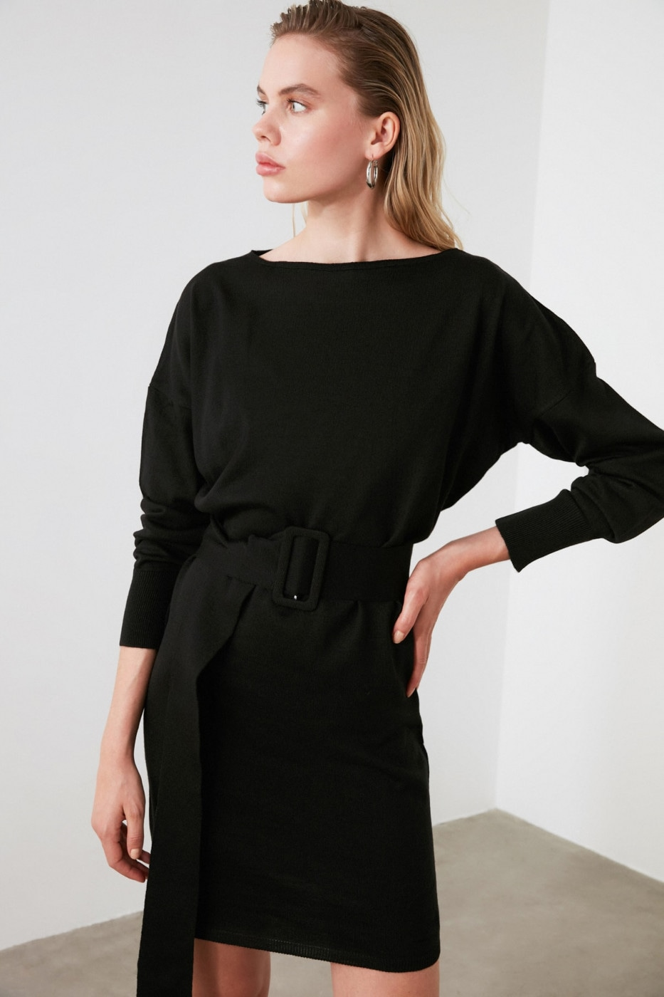 Trendyol Black BeltKwear Dress