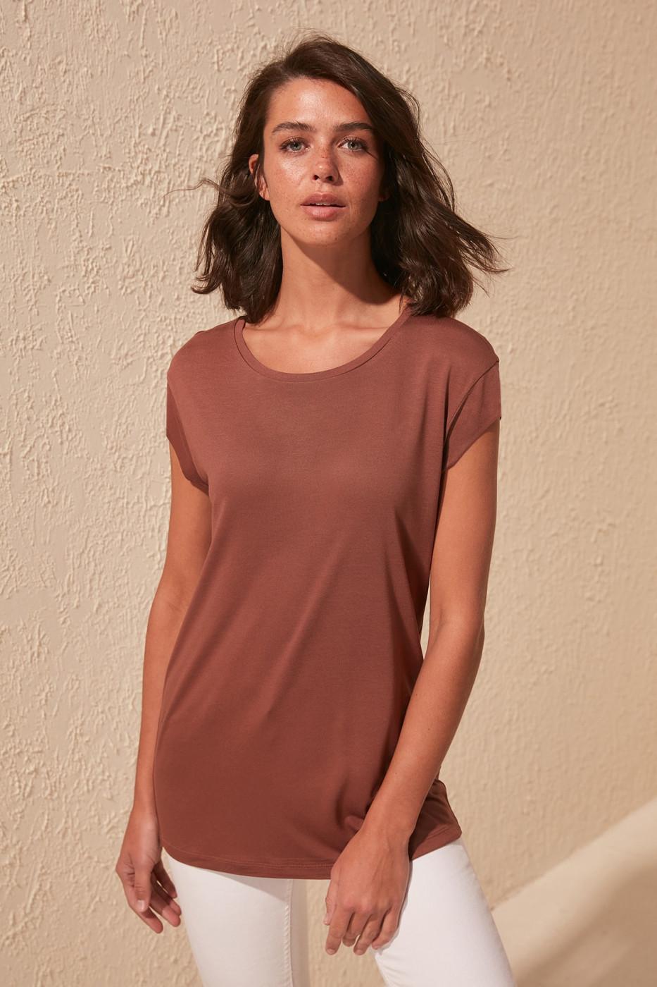 Women's T-shirt Trendyol TWOSS20TS0136