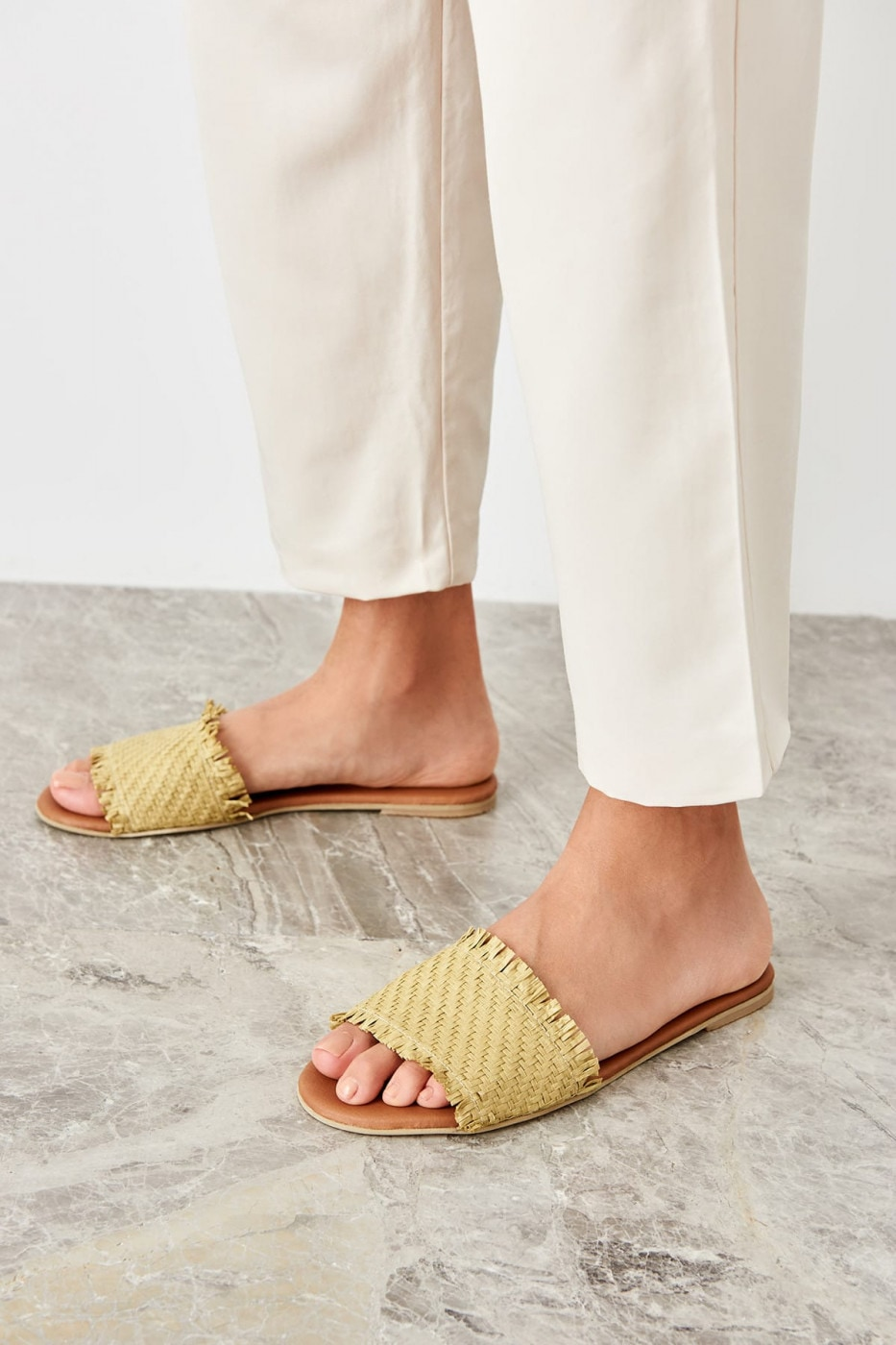 Trendyol Green Outdoor straw women slipper