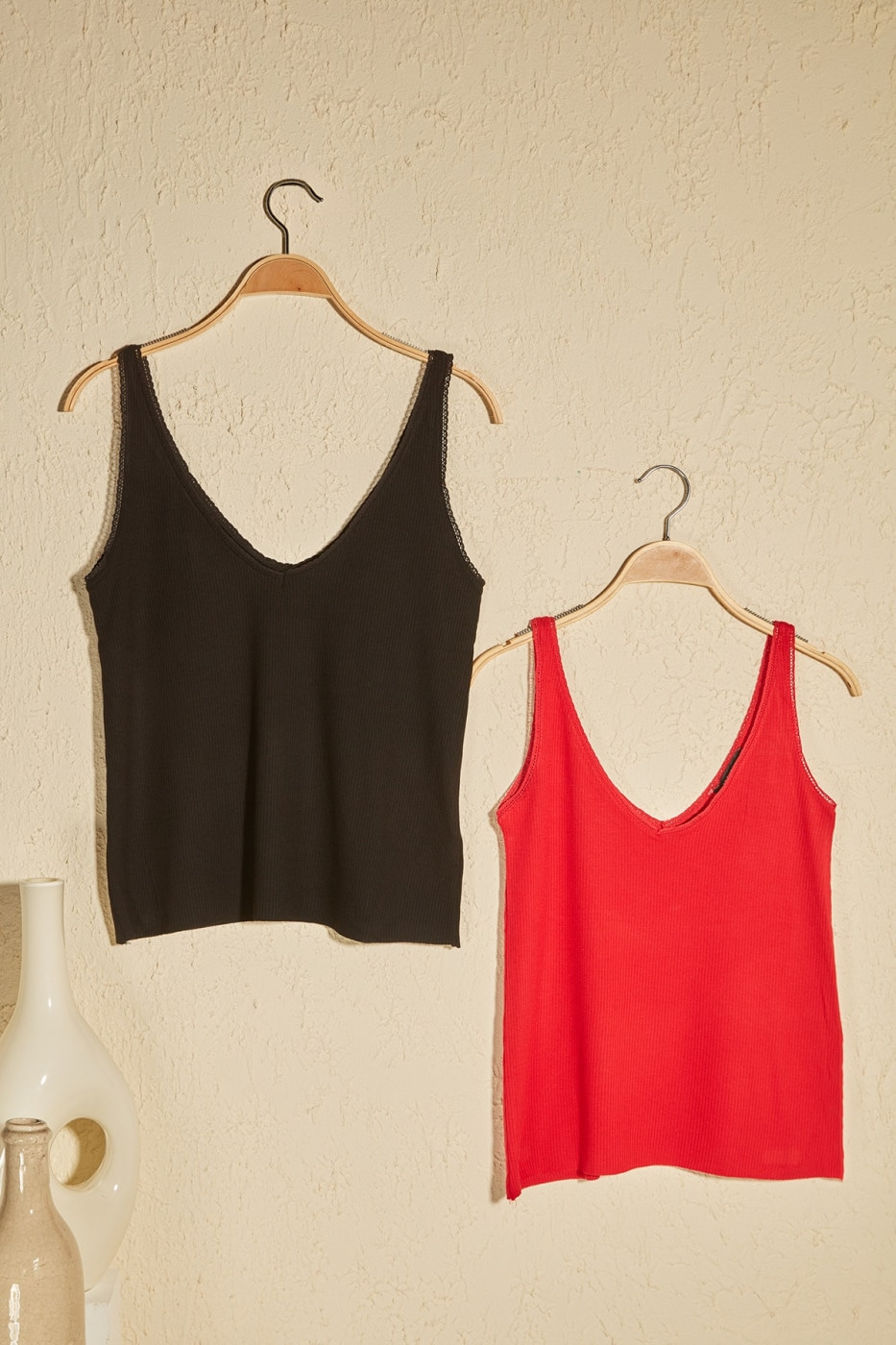 Trendyol Black and Red 2 Package Fitilli Strap-Knitted Blouse
