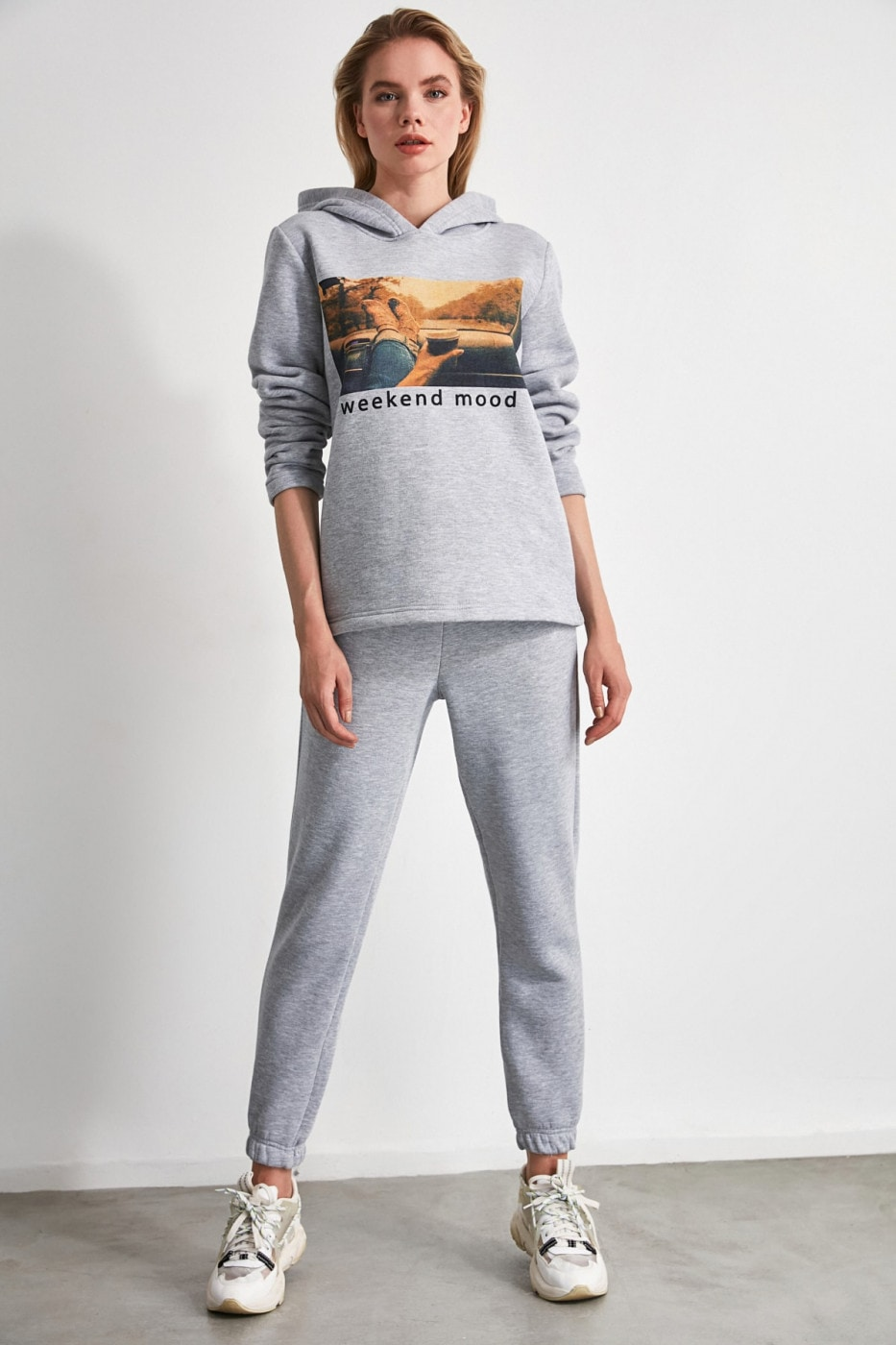 Trendyol Gray Printed Knitted Tracksuit