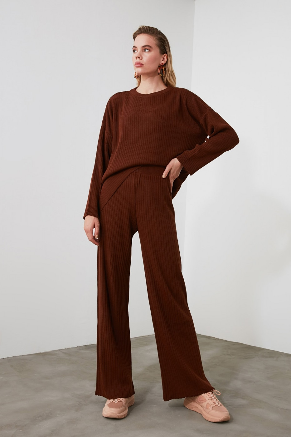 Trendyol Brown Fitilli Knitwear Bottom-Top Team