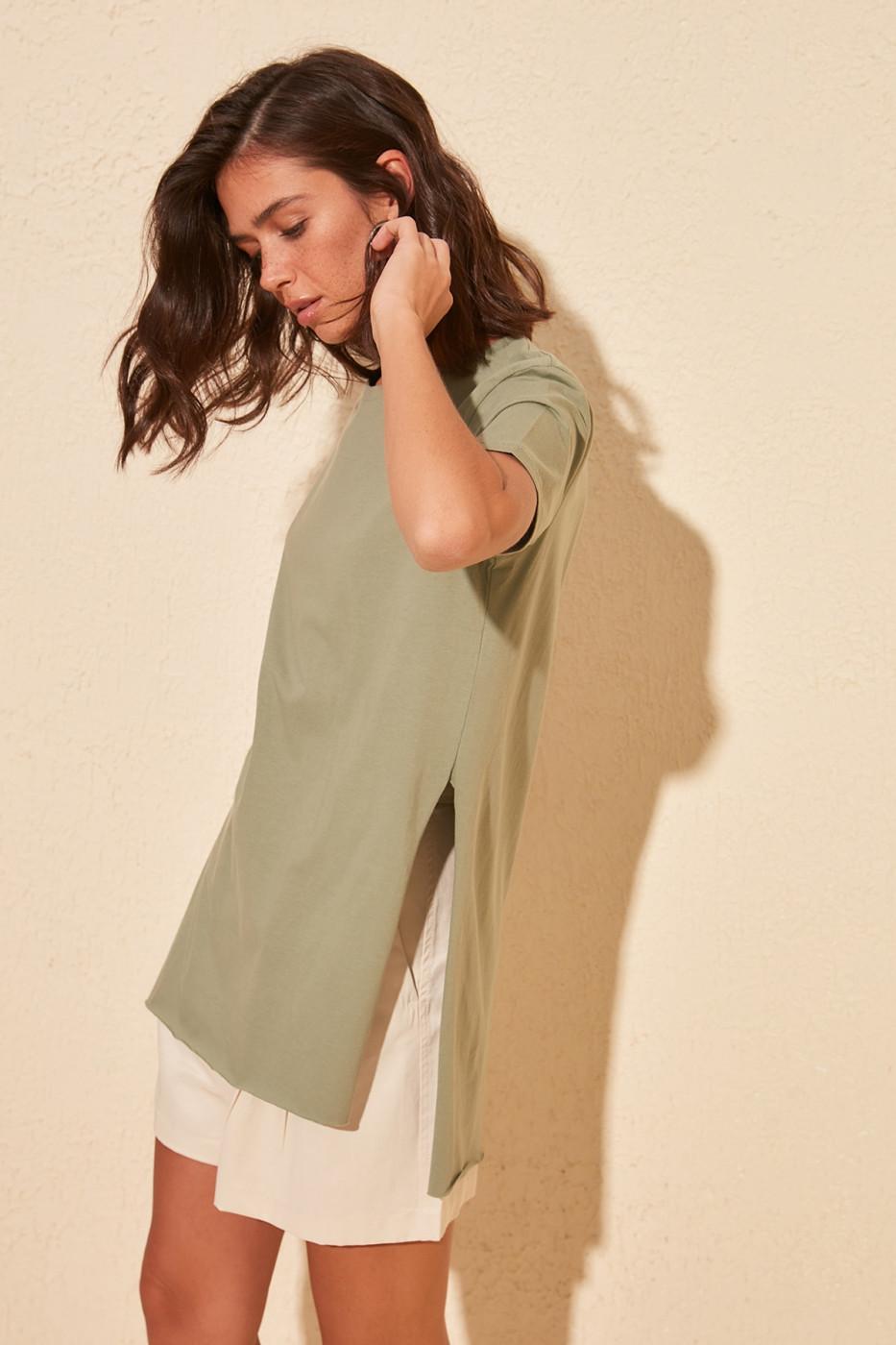 Women's T-shirt Trendyol Asymmetrical