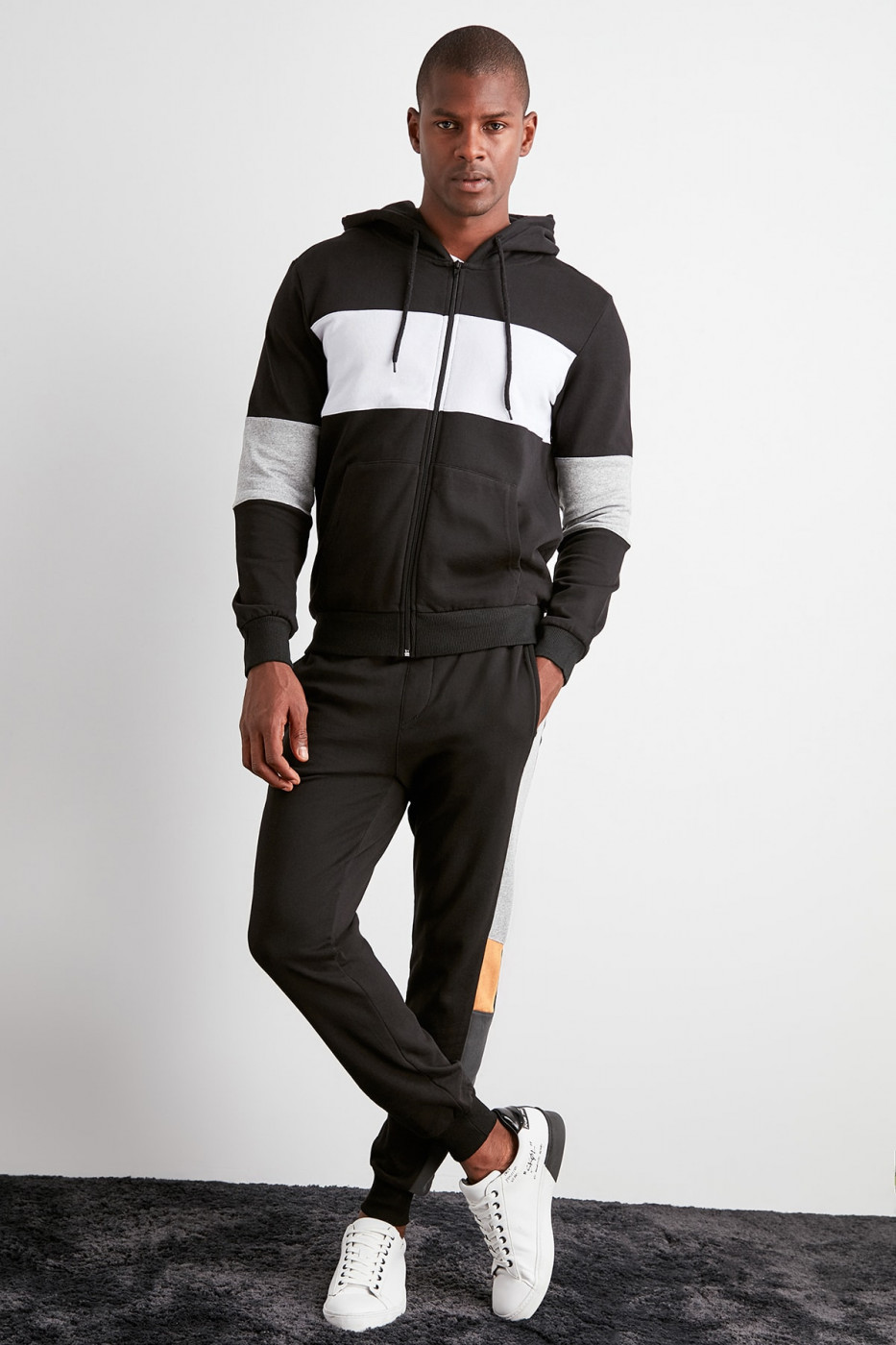 Trendyol Black Men's Waist and Trousers Tire Tracksuit bottom