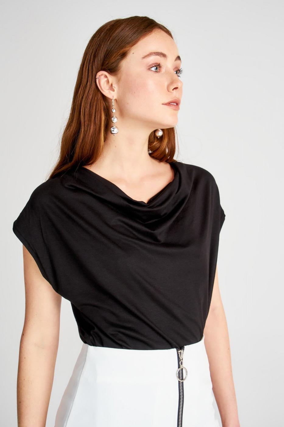 Trendyol Black Degaje Collar Knitted Blouse