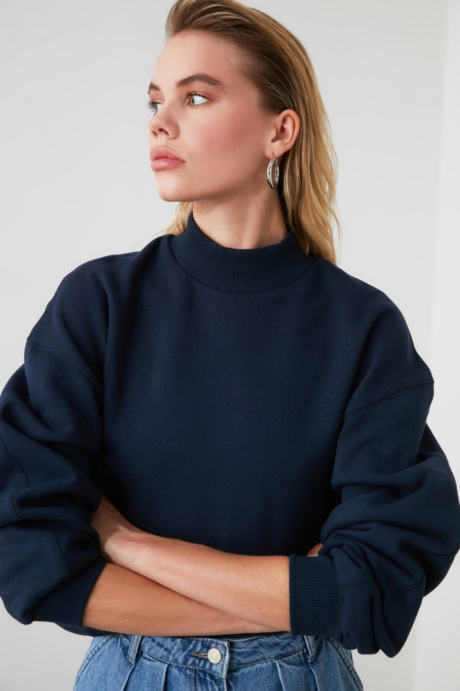 Trendyol Navy Upright Collar Knitted Sweatshirt