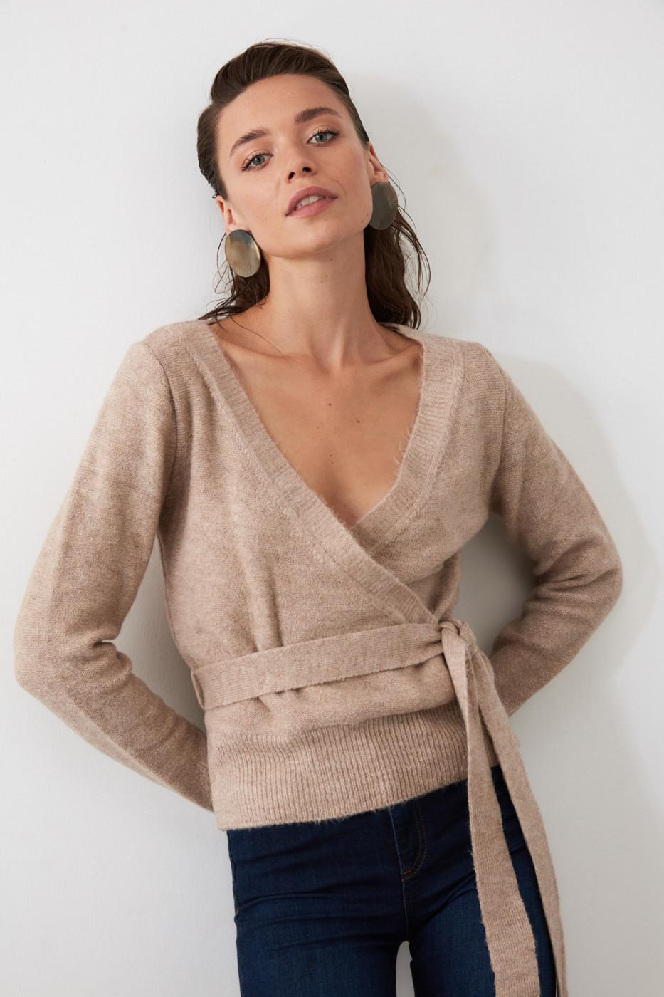 Trendyol Camel Cruise Collar BeltKriko Sweater