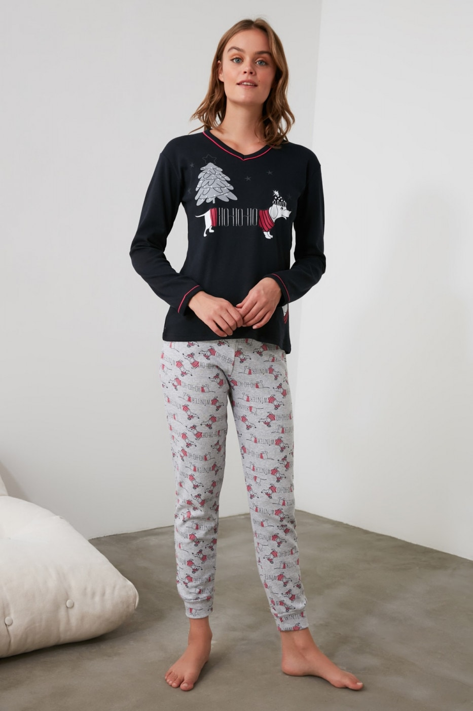 Trendyol Navy Embroidered Knitted Pajama Set