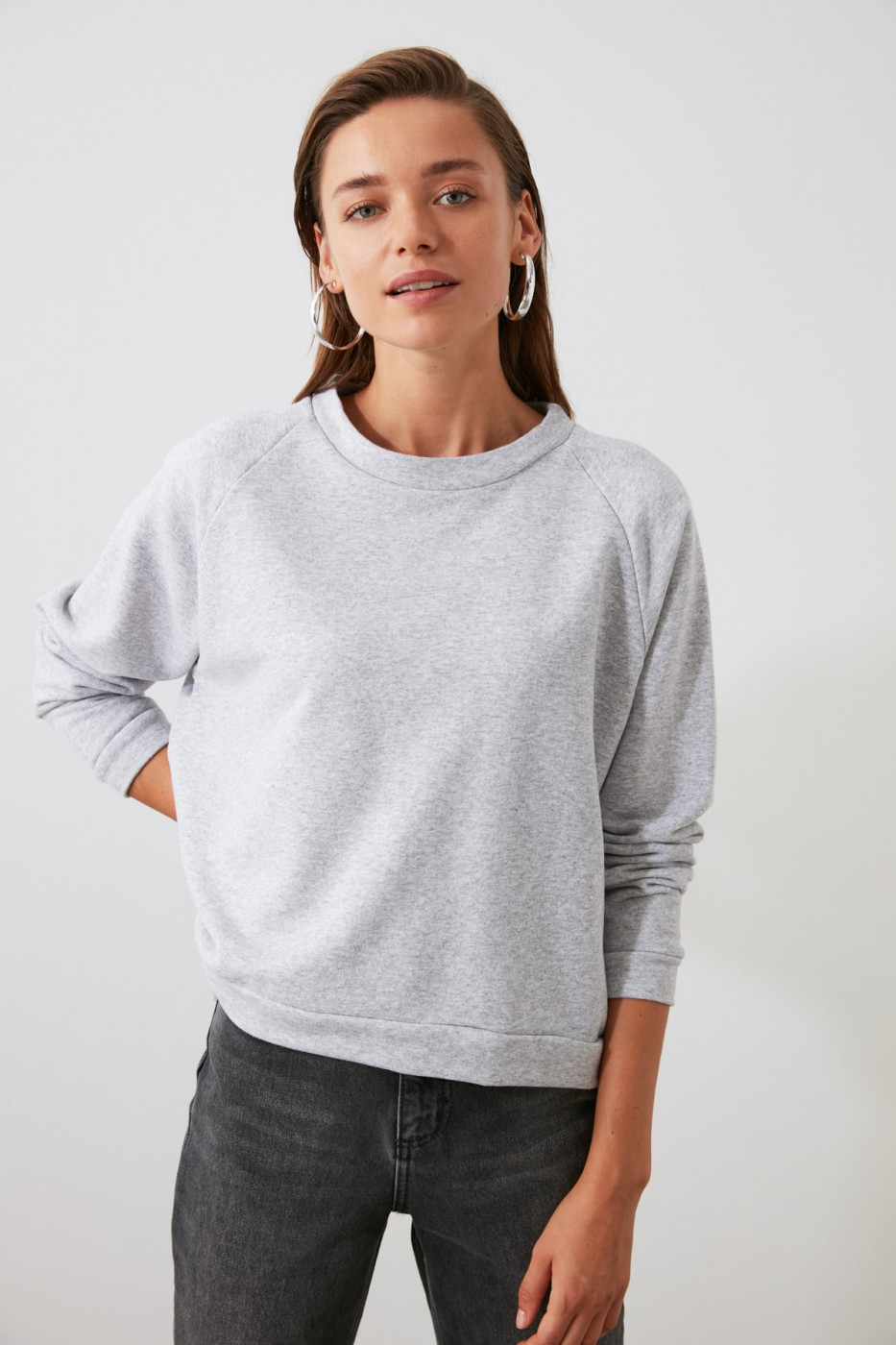 Trendyol Grey Reglan Arm Basic Knitted Sweatshirt