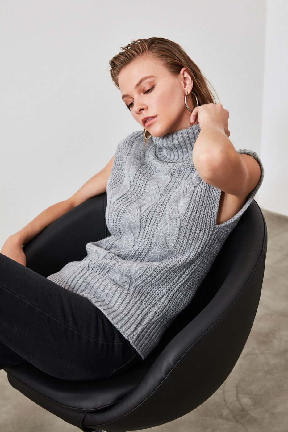 Trendyol Grey Sleeveless KnitWear Blouse