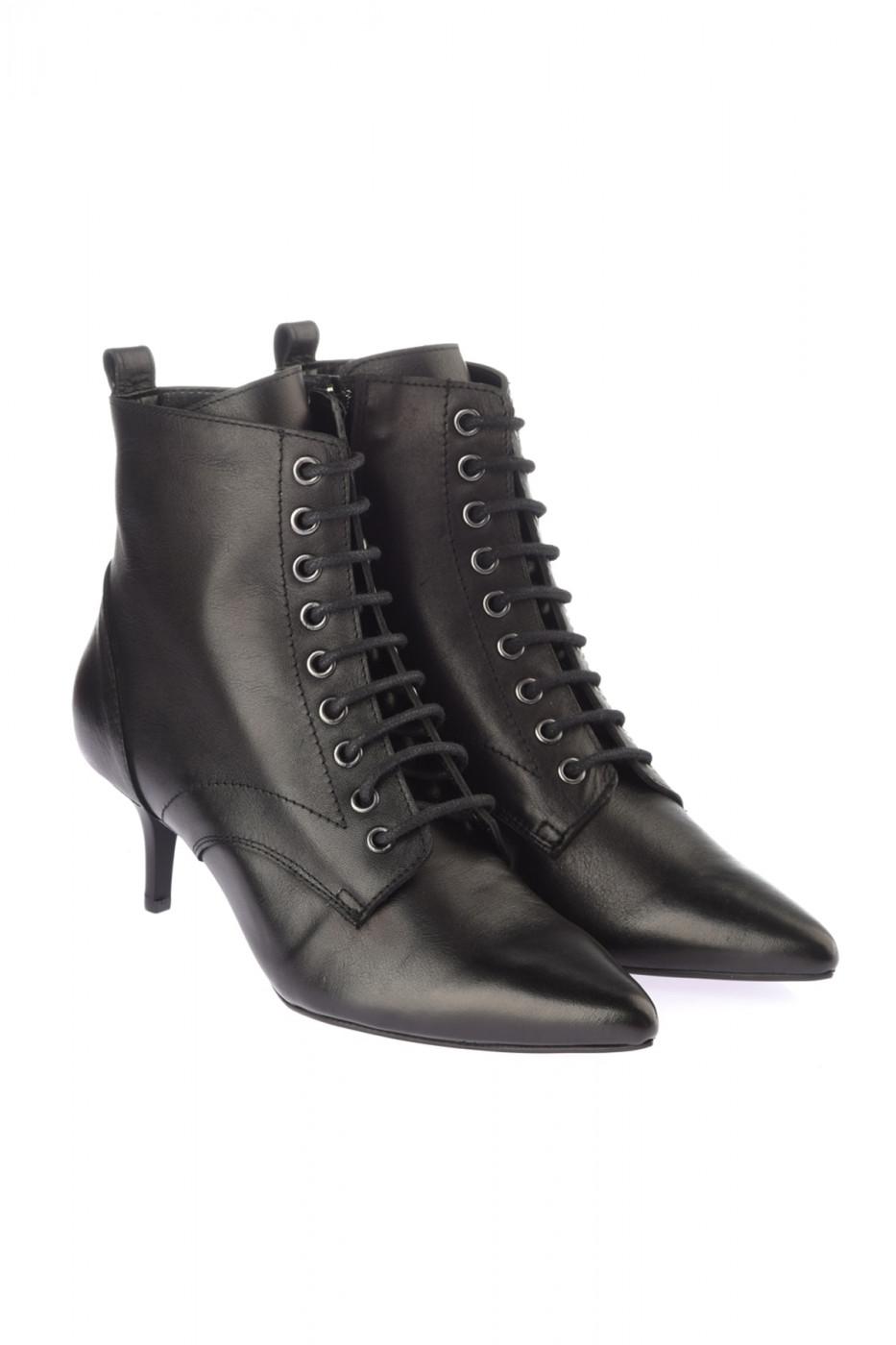 Trendyol Genuine Leather Black Women's Boots