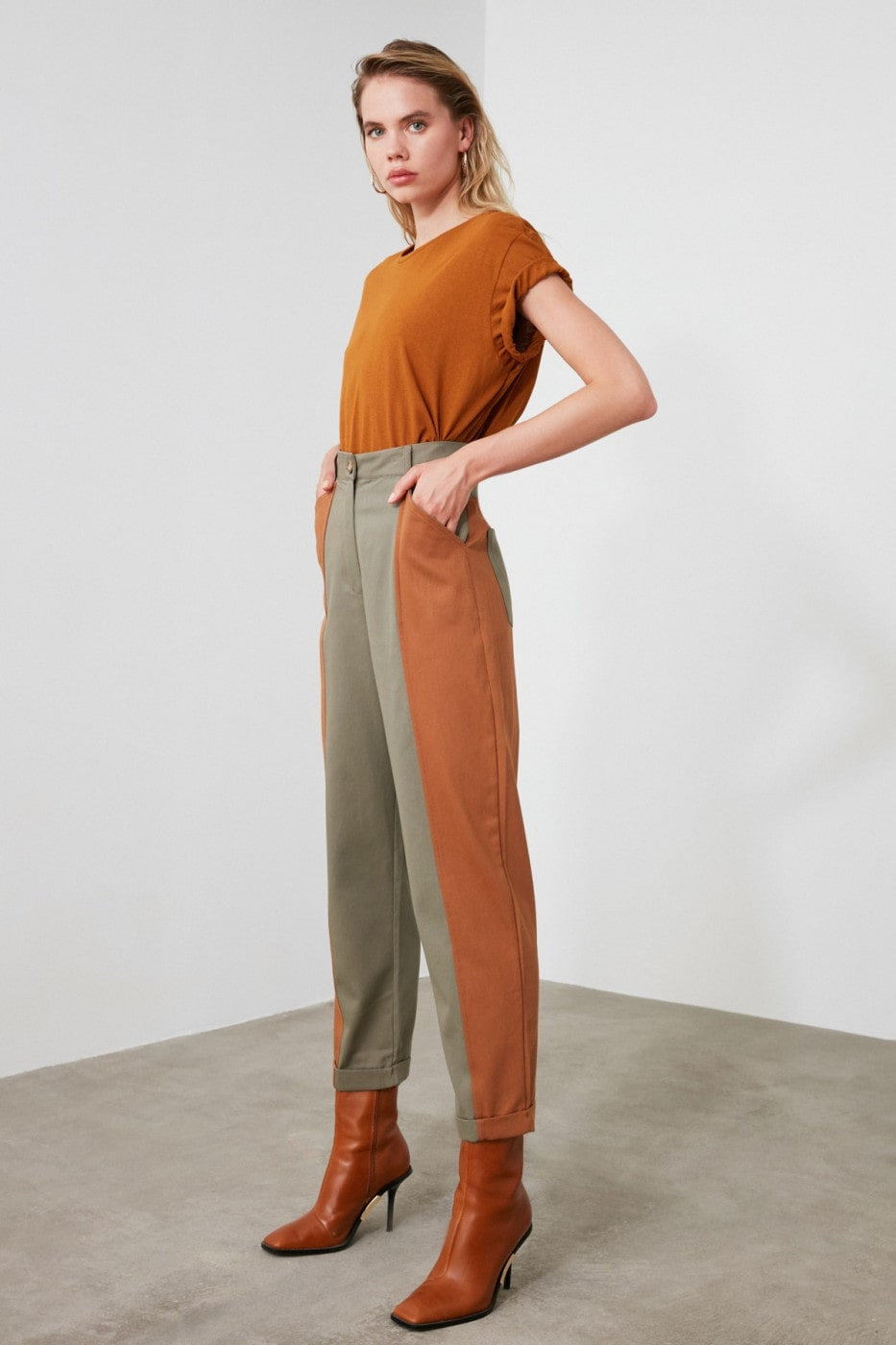 Trendyol Khaki Striped Pants