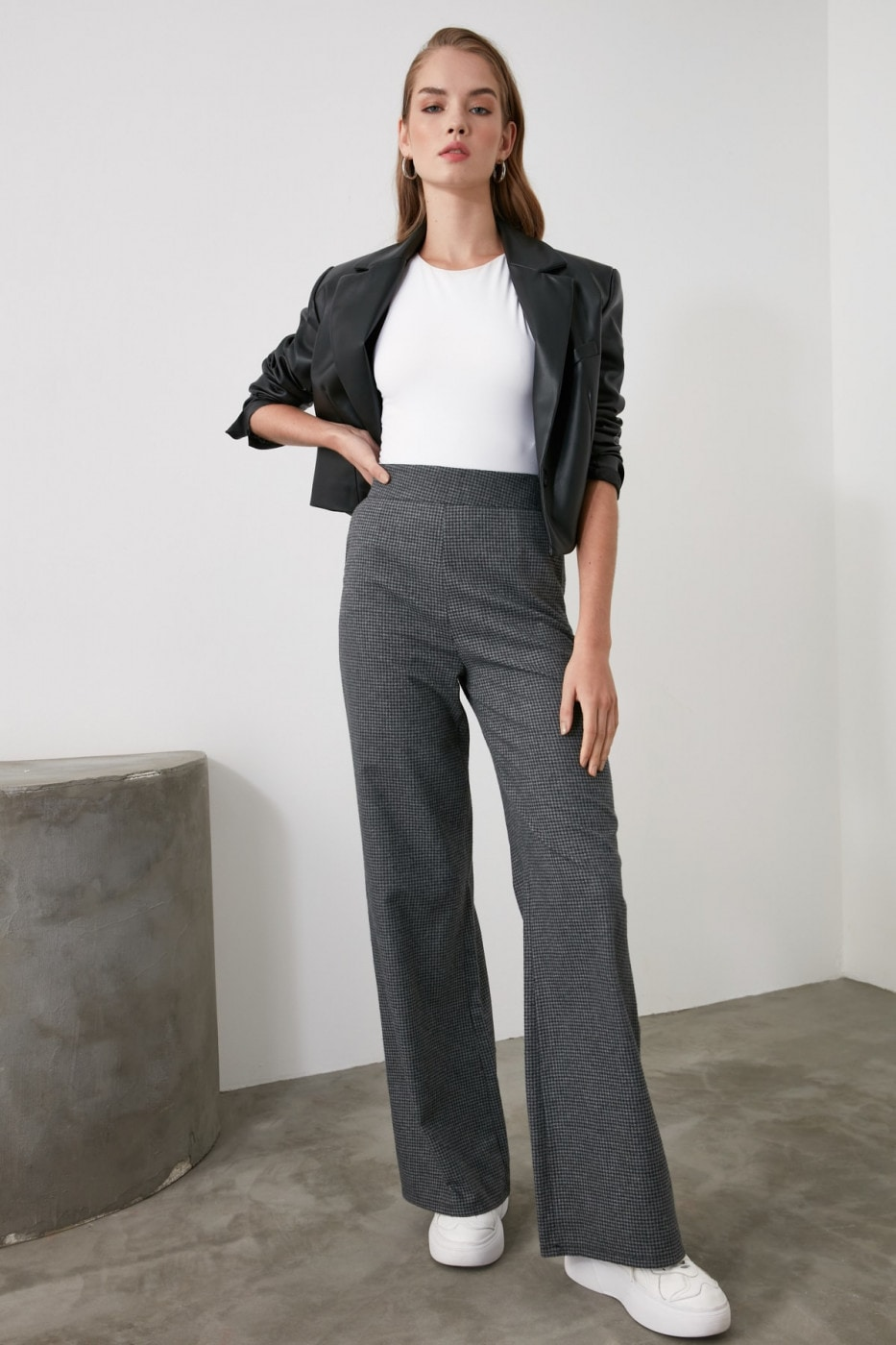Trendyol Anthracite Wide Hem Trousers