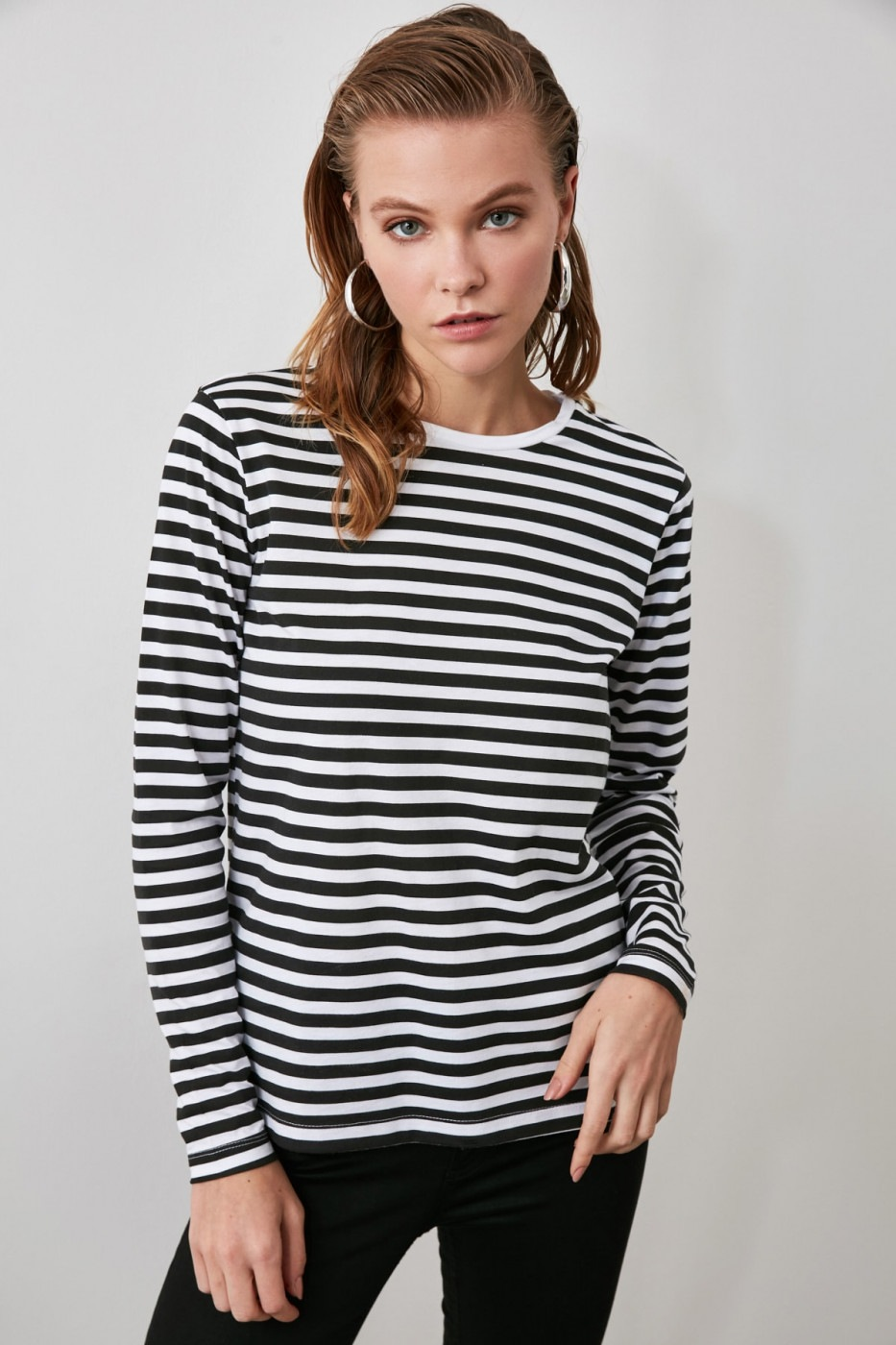 Trendyol Black And White Striped Long Sleeve Bike Collar Basic Knitted T-Shirt