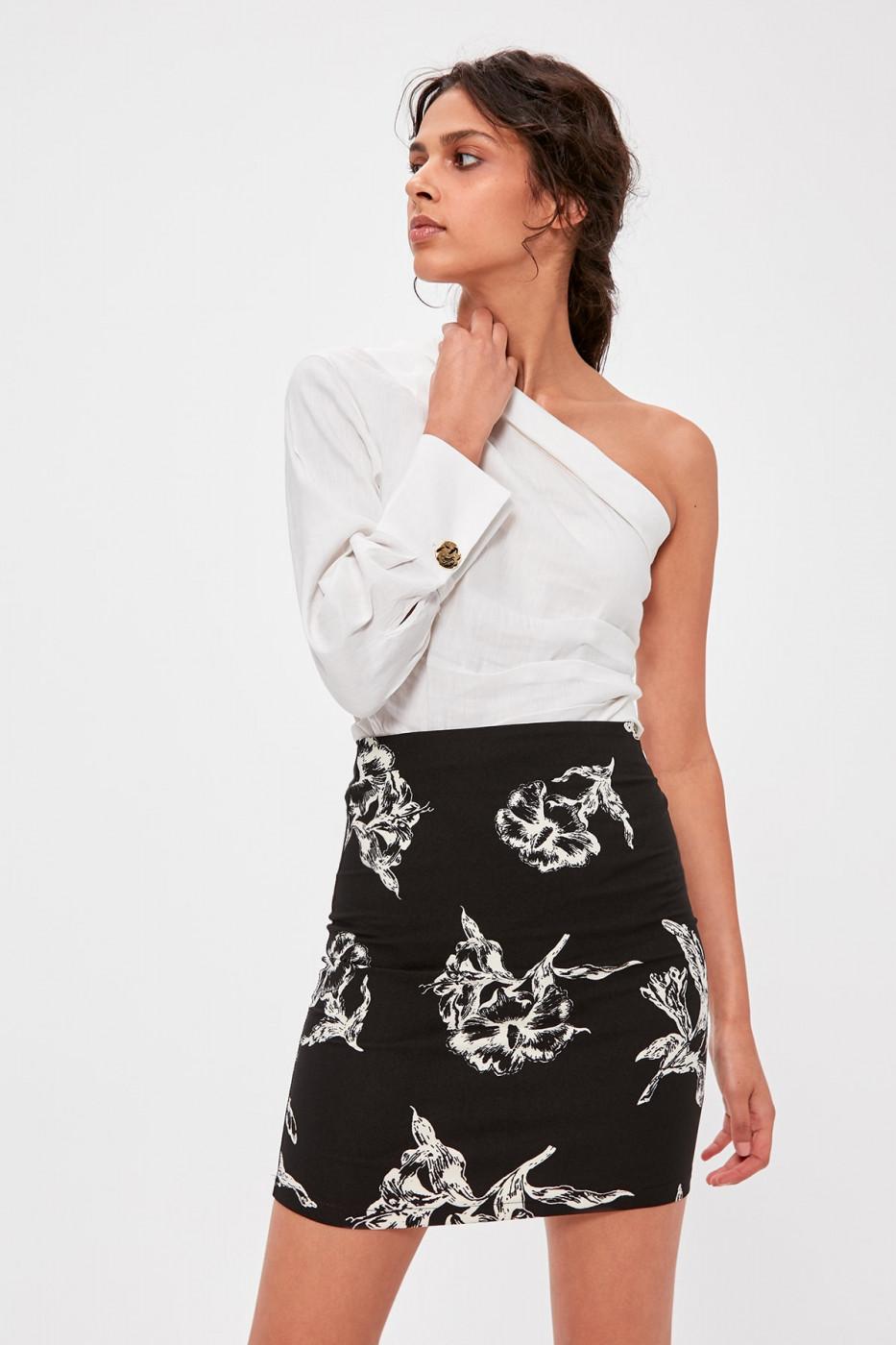 Trendyol Black Patterned Skirt