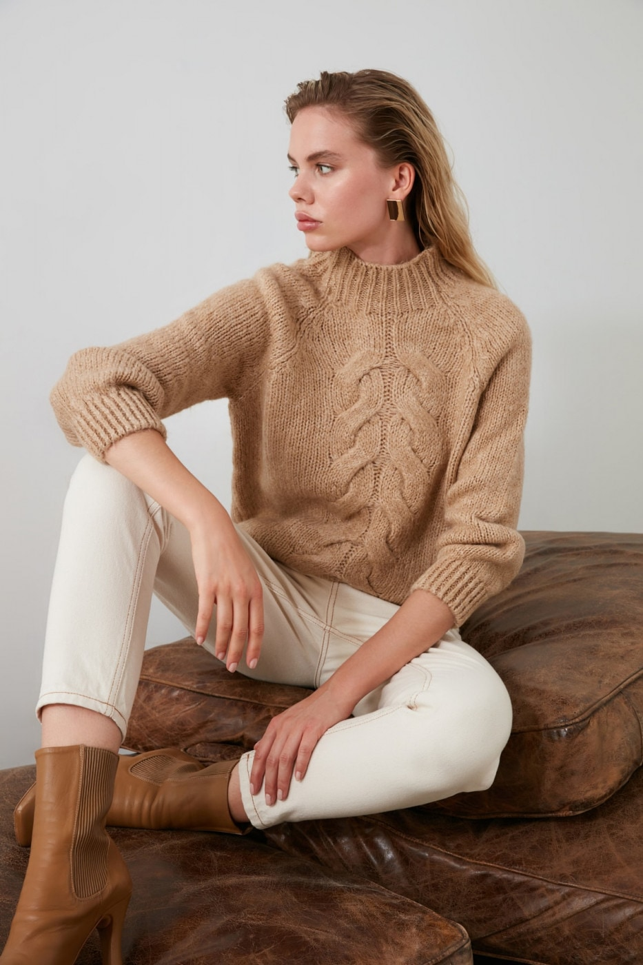 Trendyol Camel Knitted Detailed Knitwear Sweater