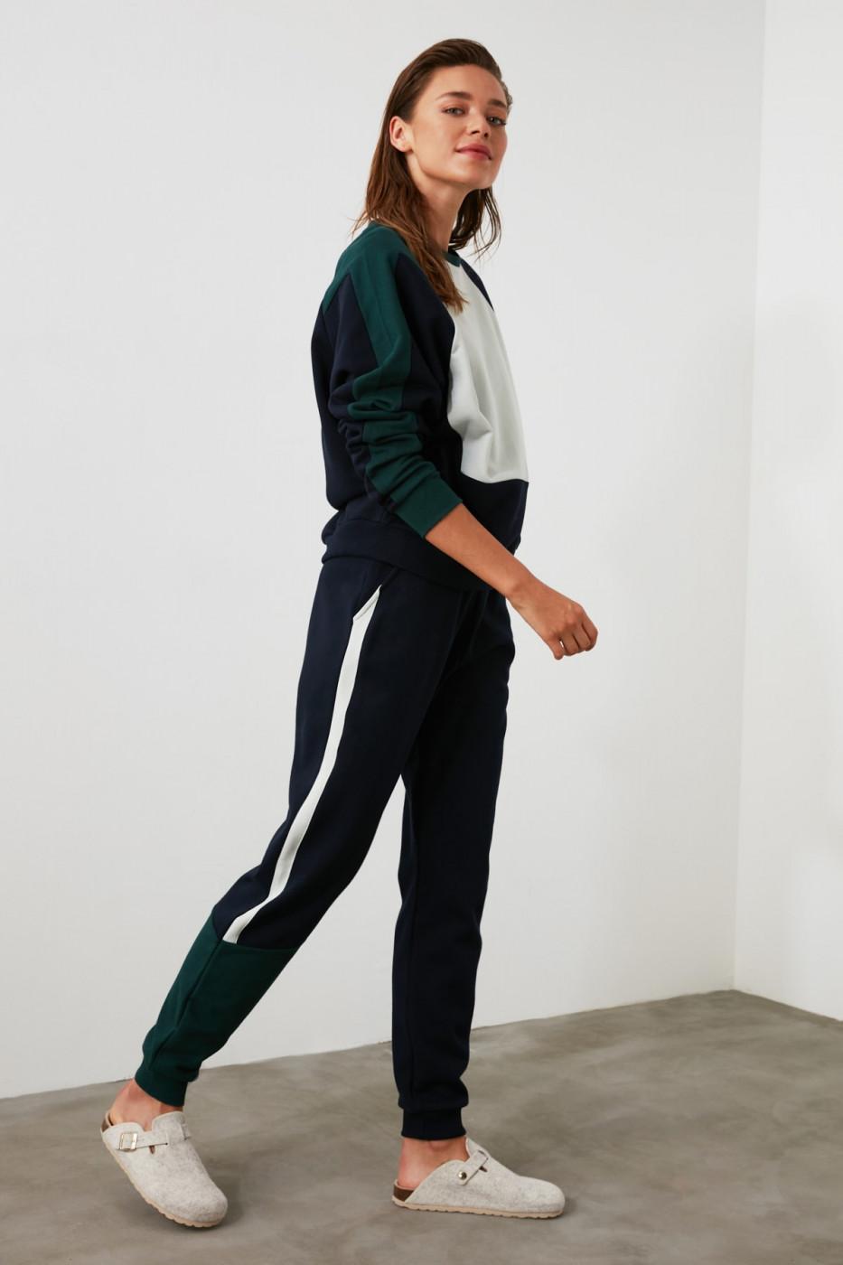 Women's sweatpants Trendyol Striped