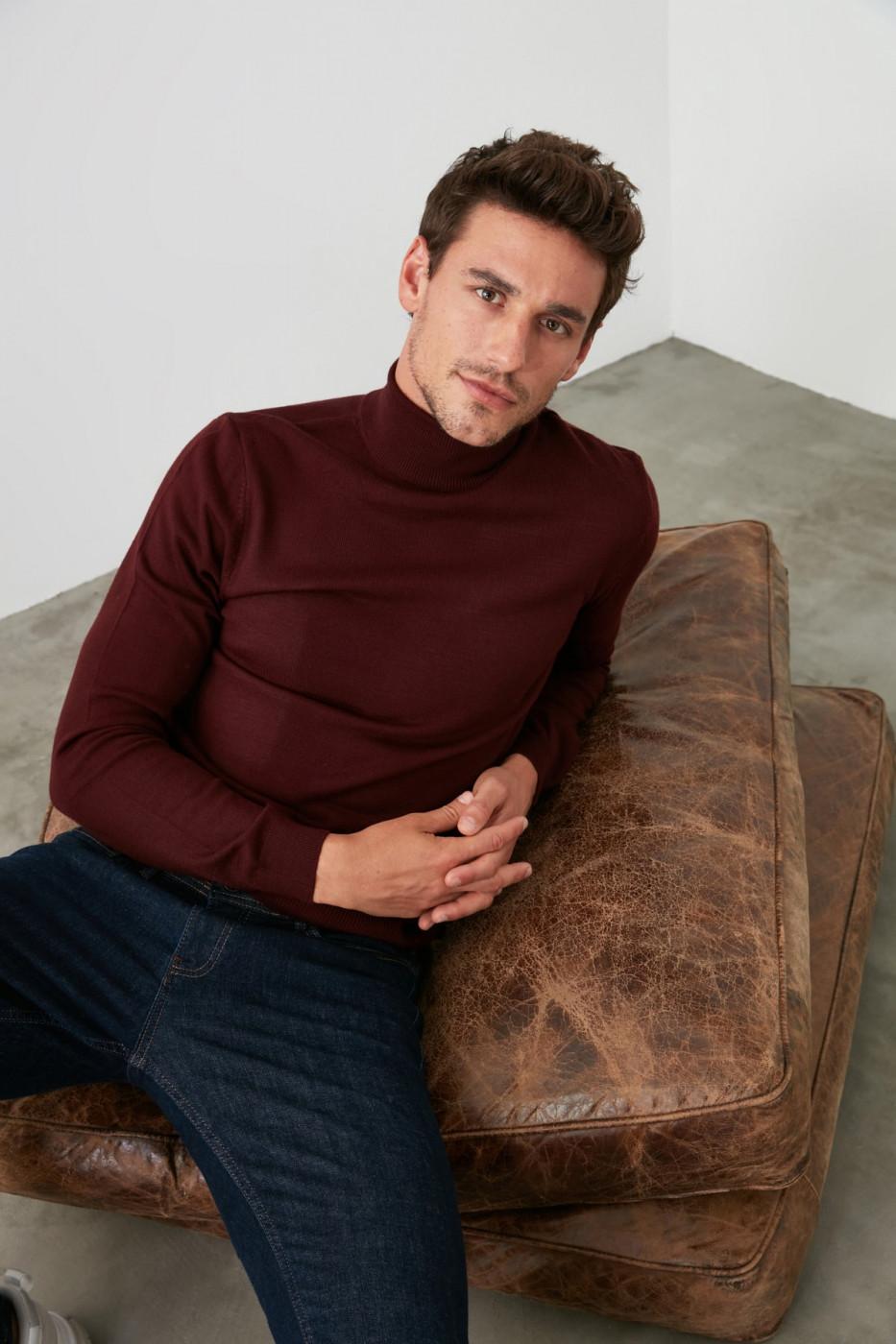 Trendyol Burgundy Male Turtleneck Knitwear Sweater