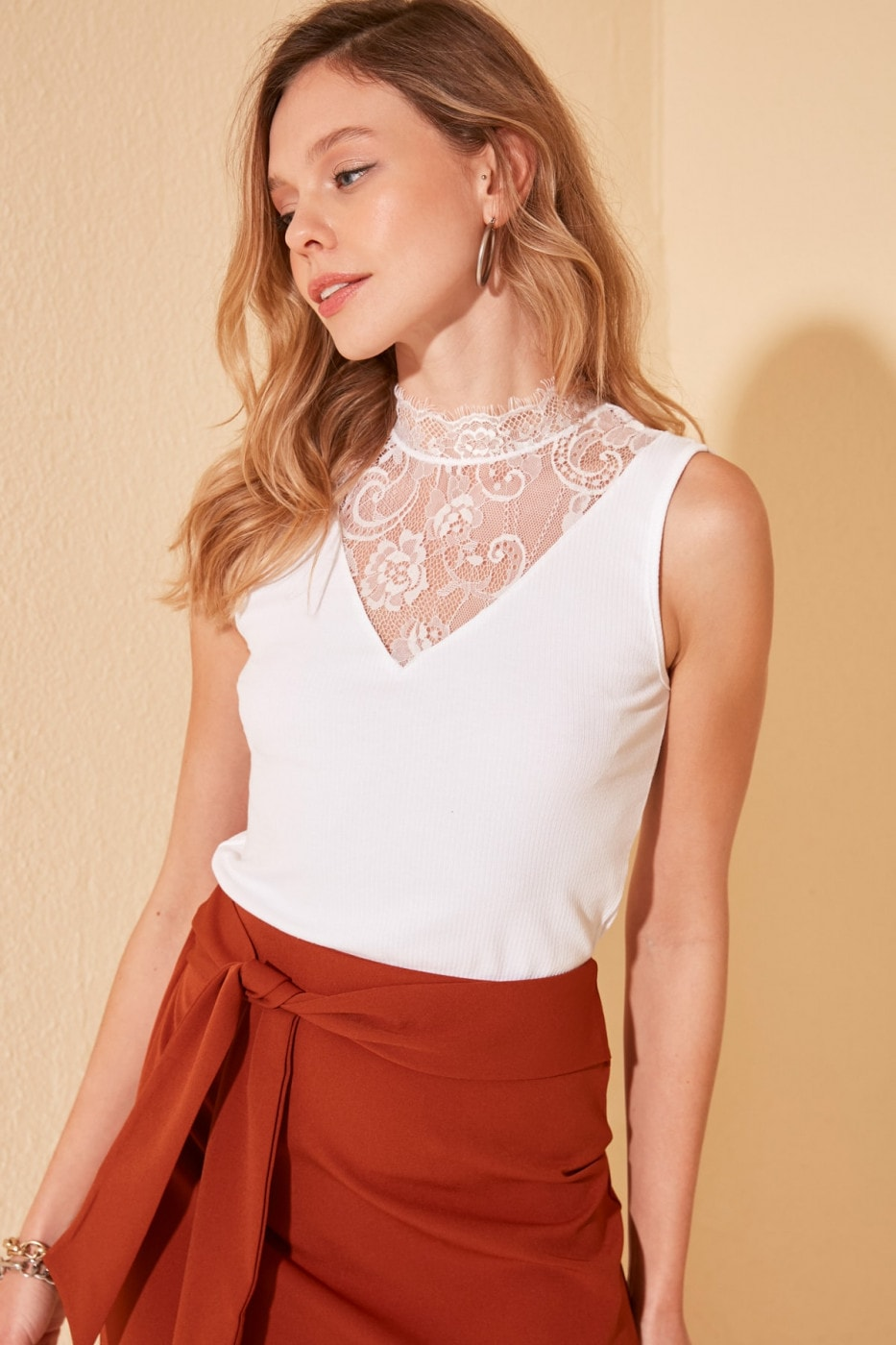 Trendyol White Lace Detailed Fitilli Knitted Blouse