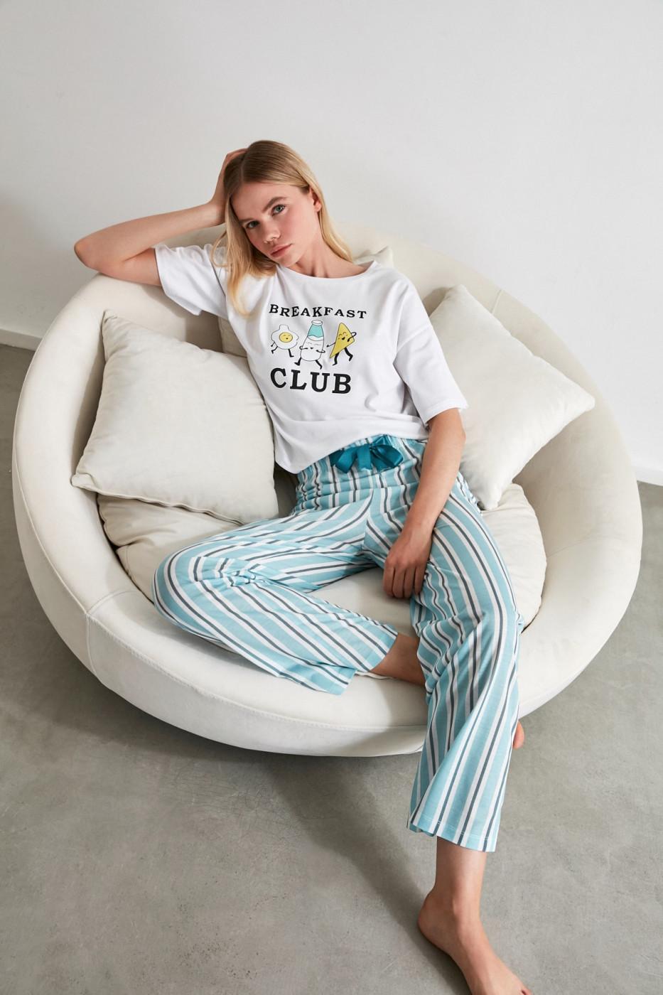 Trendyol Motto Knitted Pyjamas Set