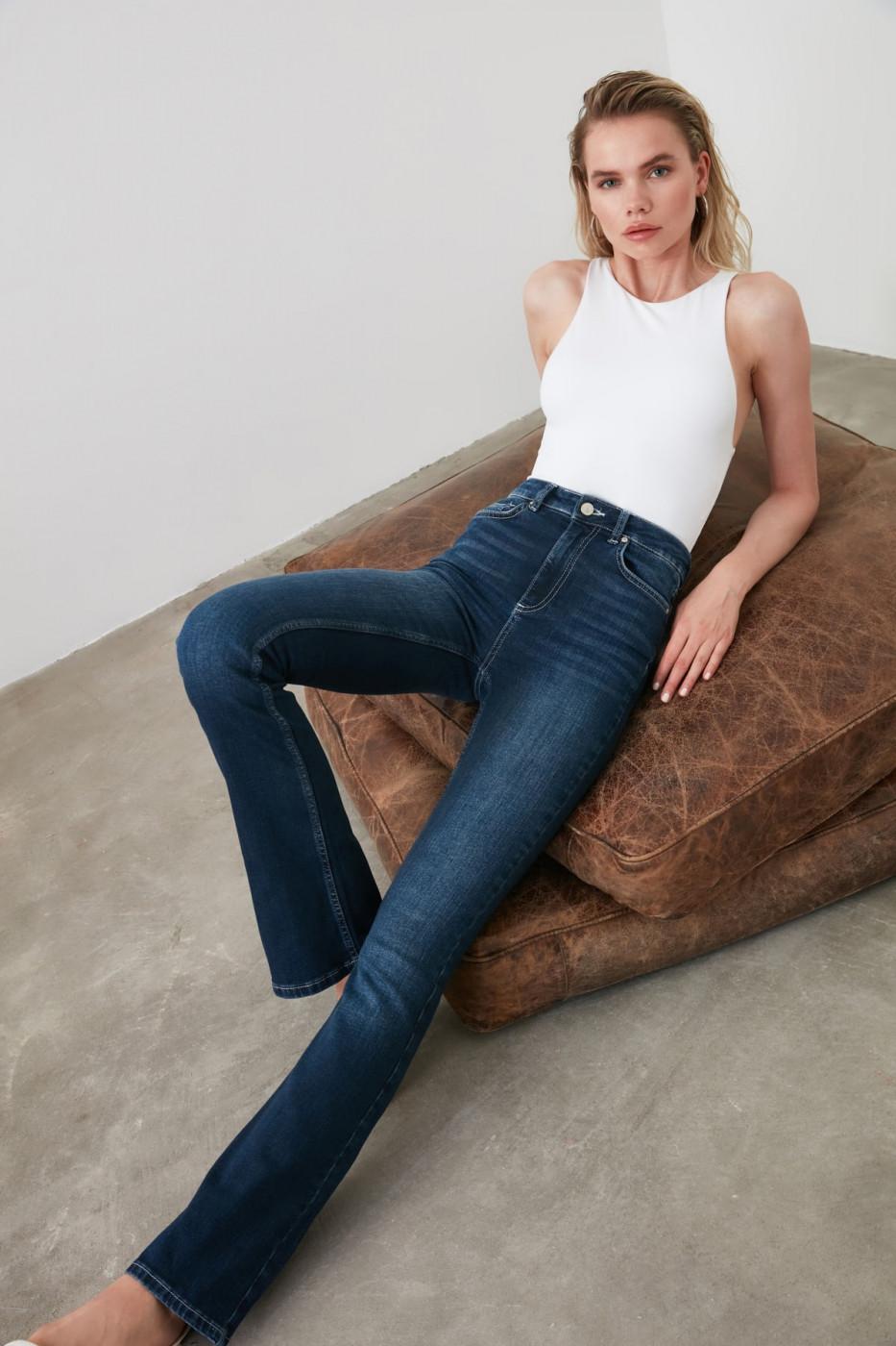 Trendyol Navy High Waist Micro Flare Jeans