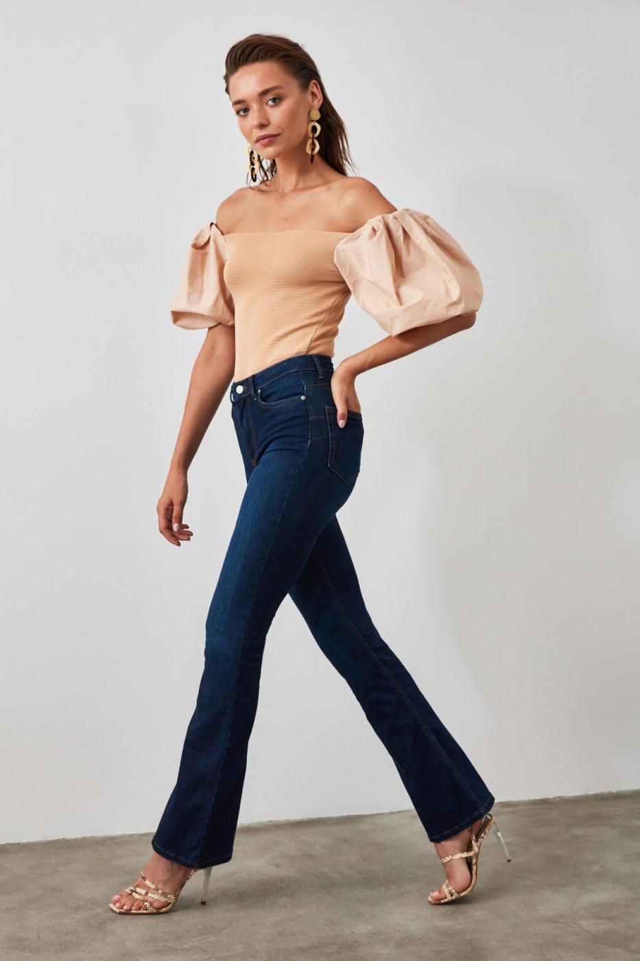 Trendyol Indigo High Waist Push Up Flare Jeans