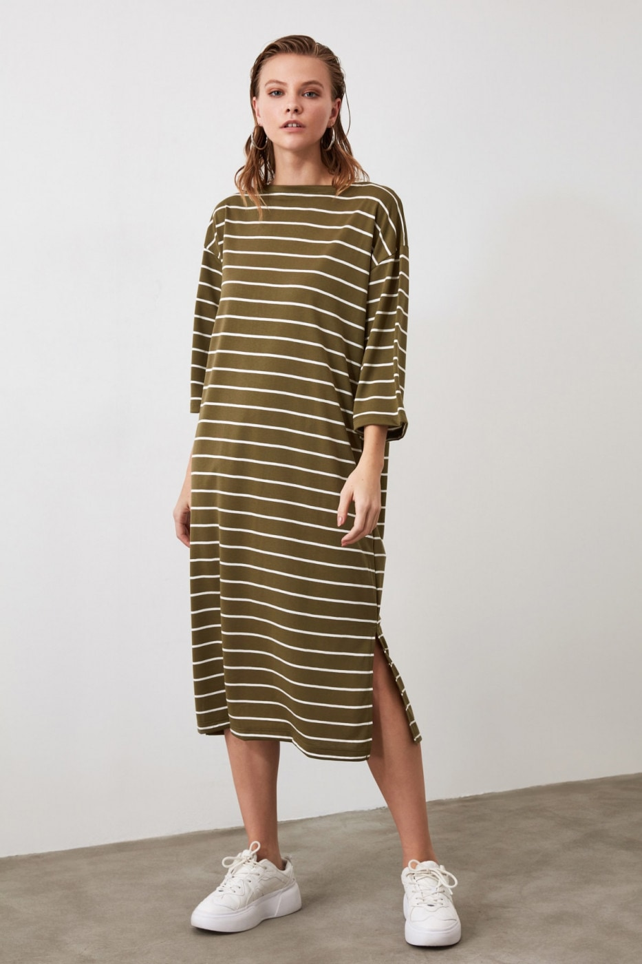 Trendyol Khaki Striped Sweat Midi Knitted Dress