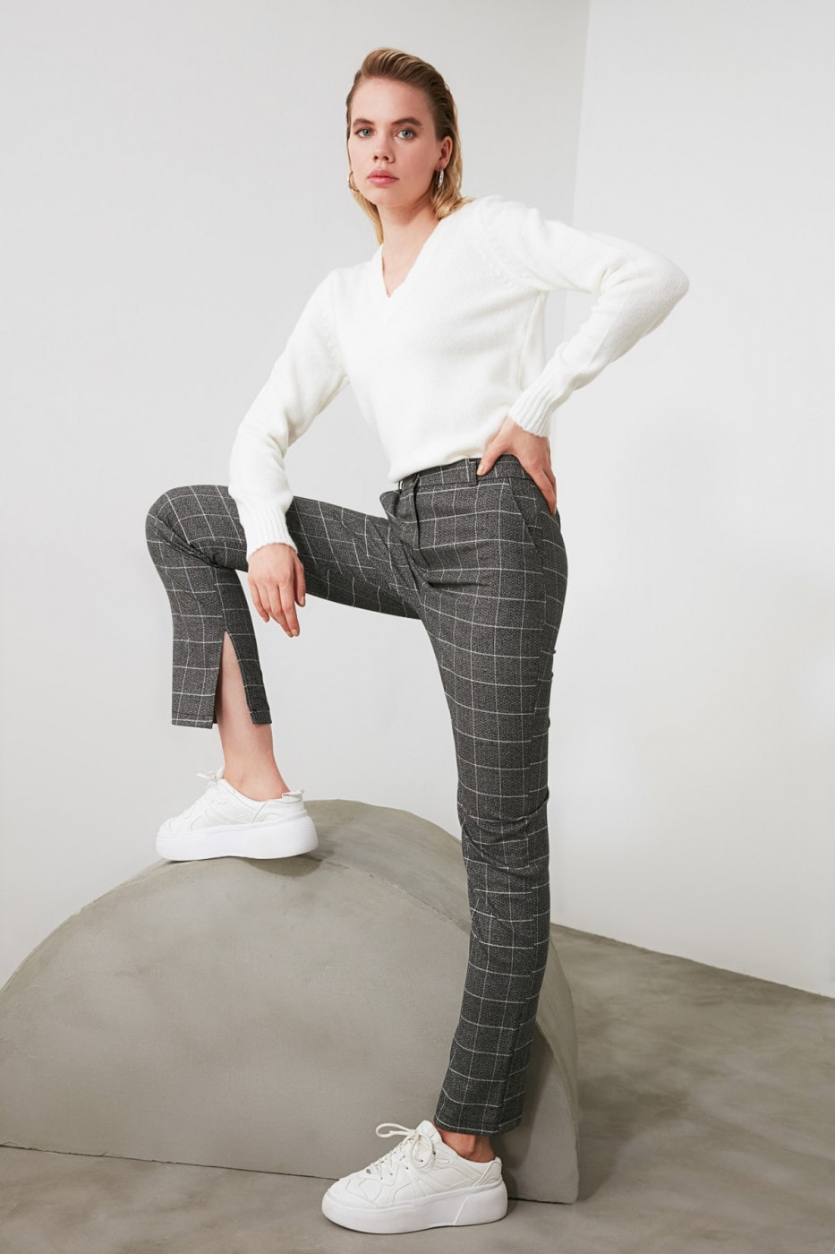 Trendyol Plain Cut Trousers with Black Carat Slits