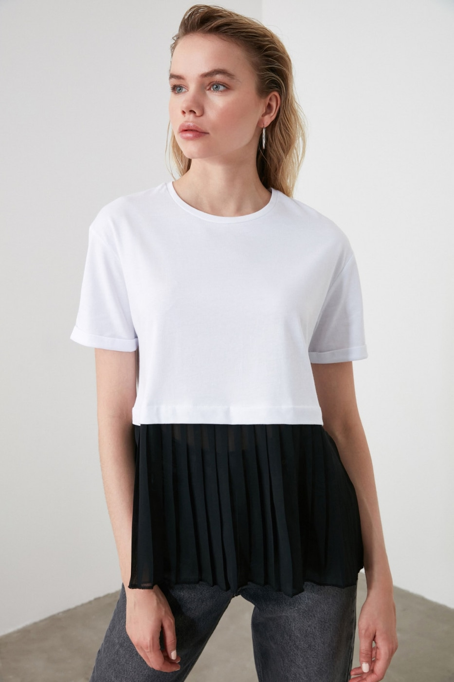 Trendyol White Pyrenees Knitted Blouse