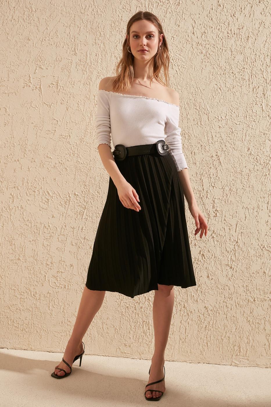 Women's skirt Trendyol Pleated