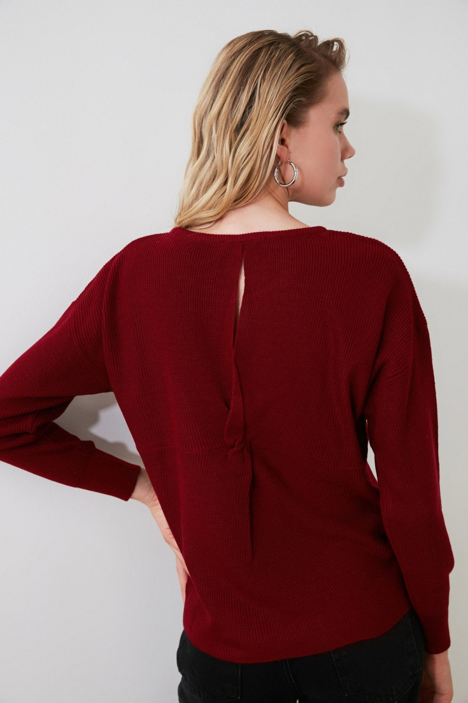 Trendyol Burgundy Back Ruffle Detailed Knitwear Sweater
