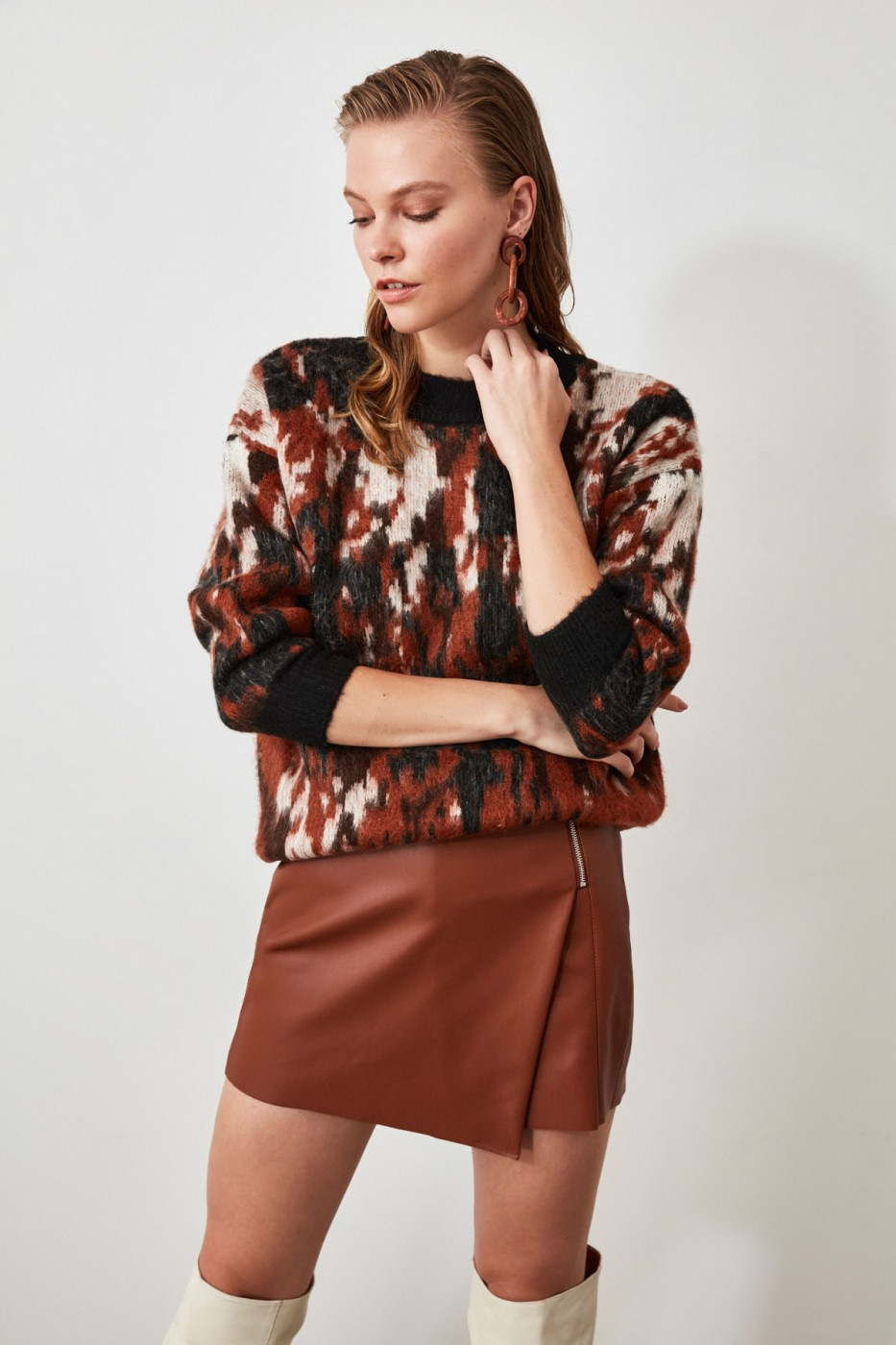 Trendyol Black Jacquard Soft Textured Special Technical Ricojack Sweater