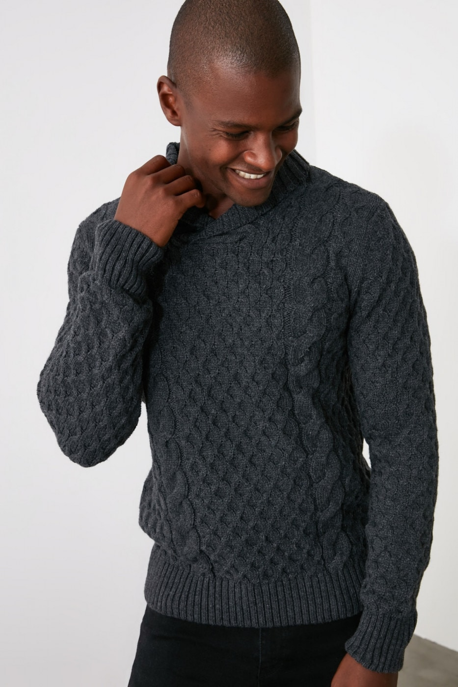 Trendyol Anthracite Men's Shawl Neck Hair Knitting Knit Knuckle Sweater
